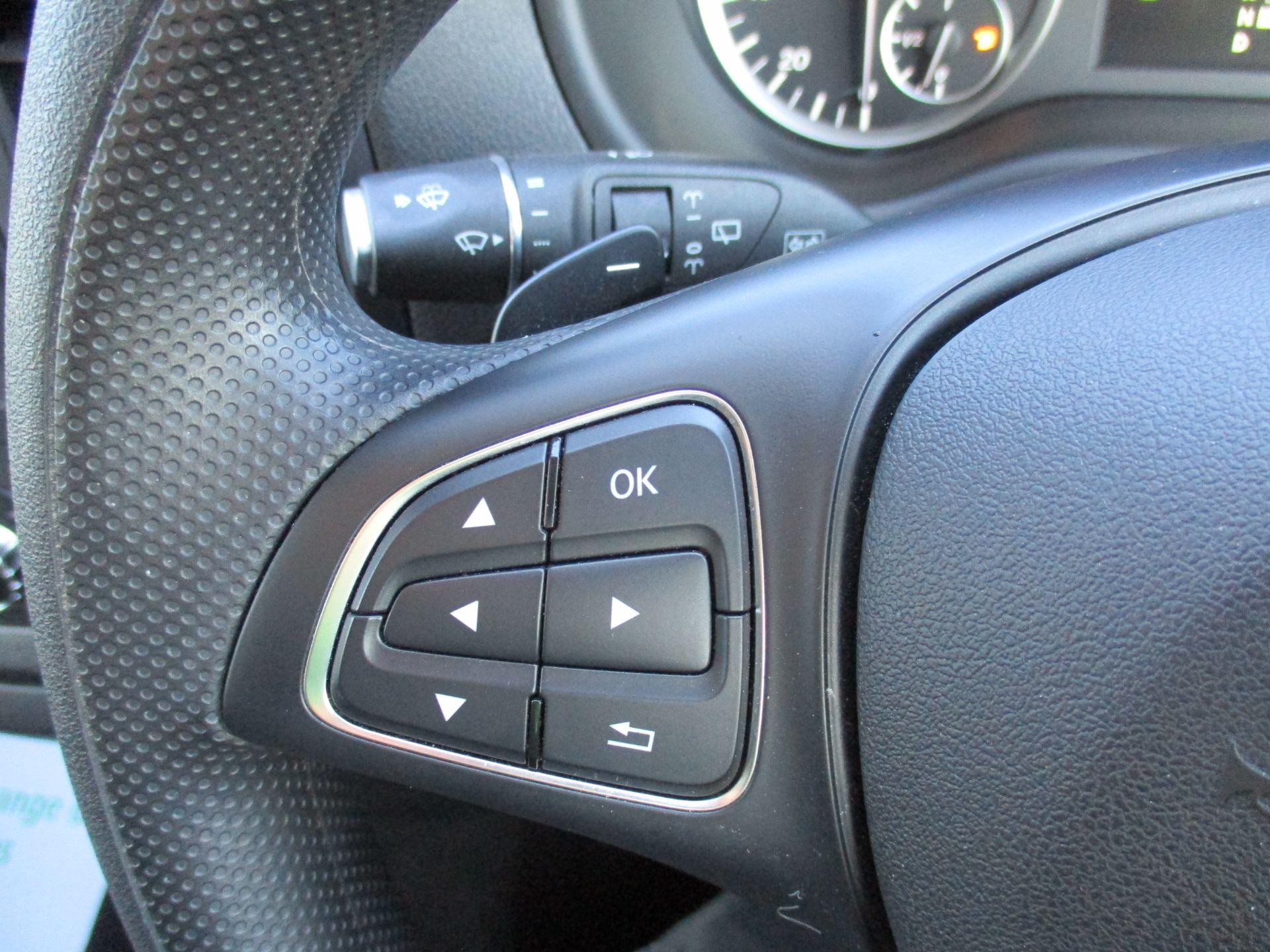 2019 Mercedes-Benz Vito 119 Cdi Select 8-Seater 7G-Tronic (KX19RZS) Image 24