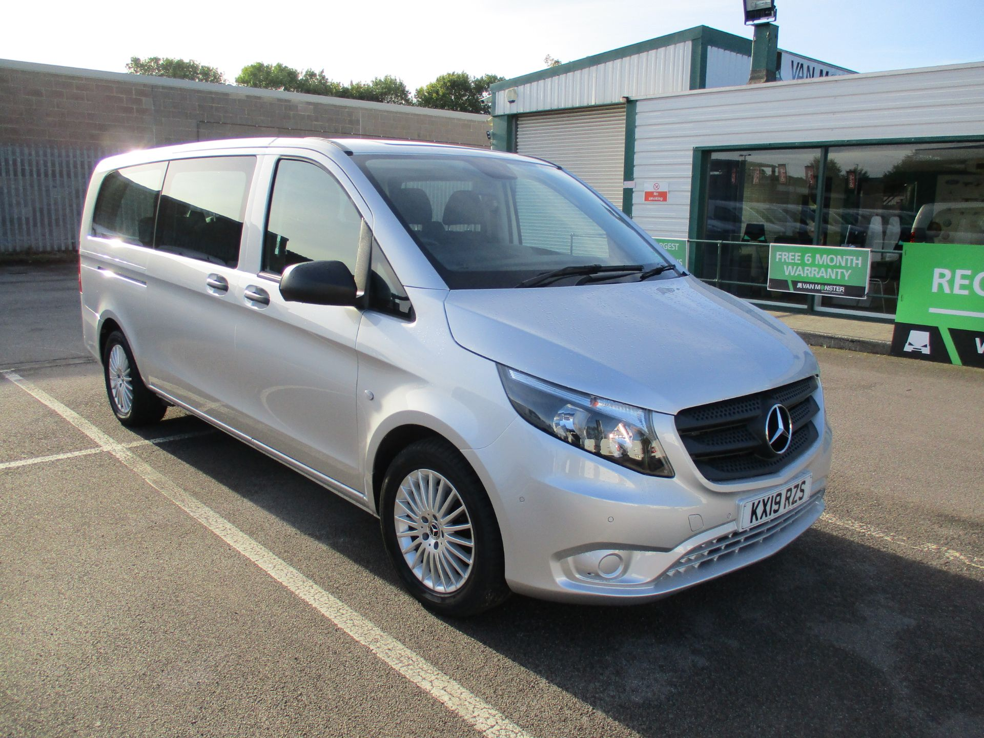 2019 Mercedes-Benz Vito 119 Bluetec Tourer Select 7-Gtronic 9 Seats Euro 6 (KX19RZS)