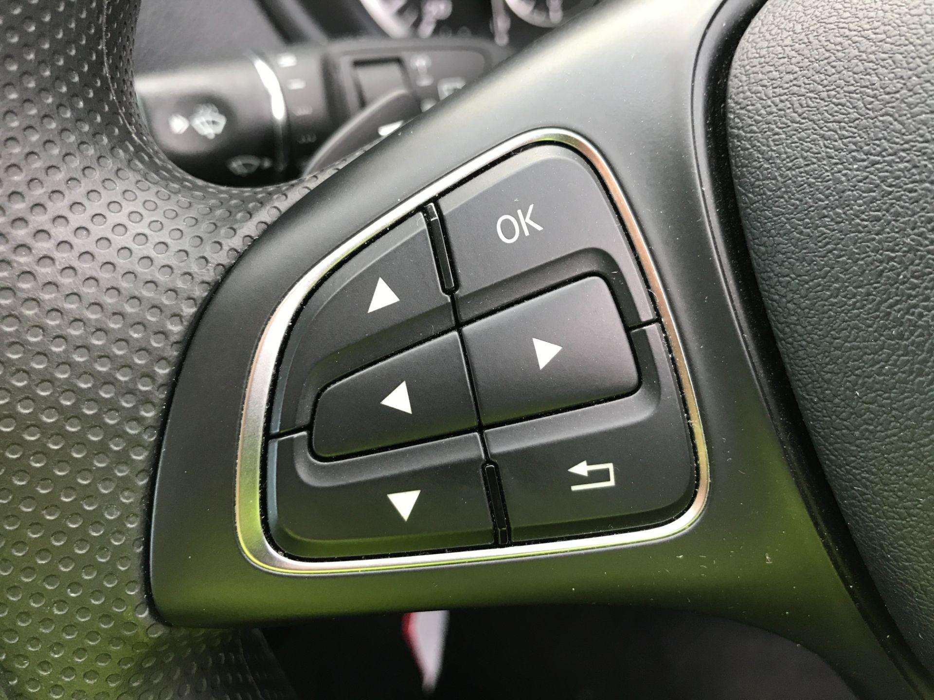 2019 Mercedes-Benz Vito 119CDI XLWB BLUETEC TOURER SELECT EURO 6 AUTOMATIC (KX19SBU) Image 25