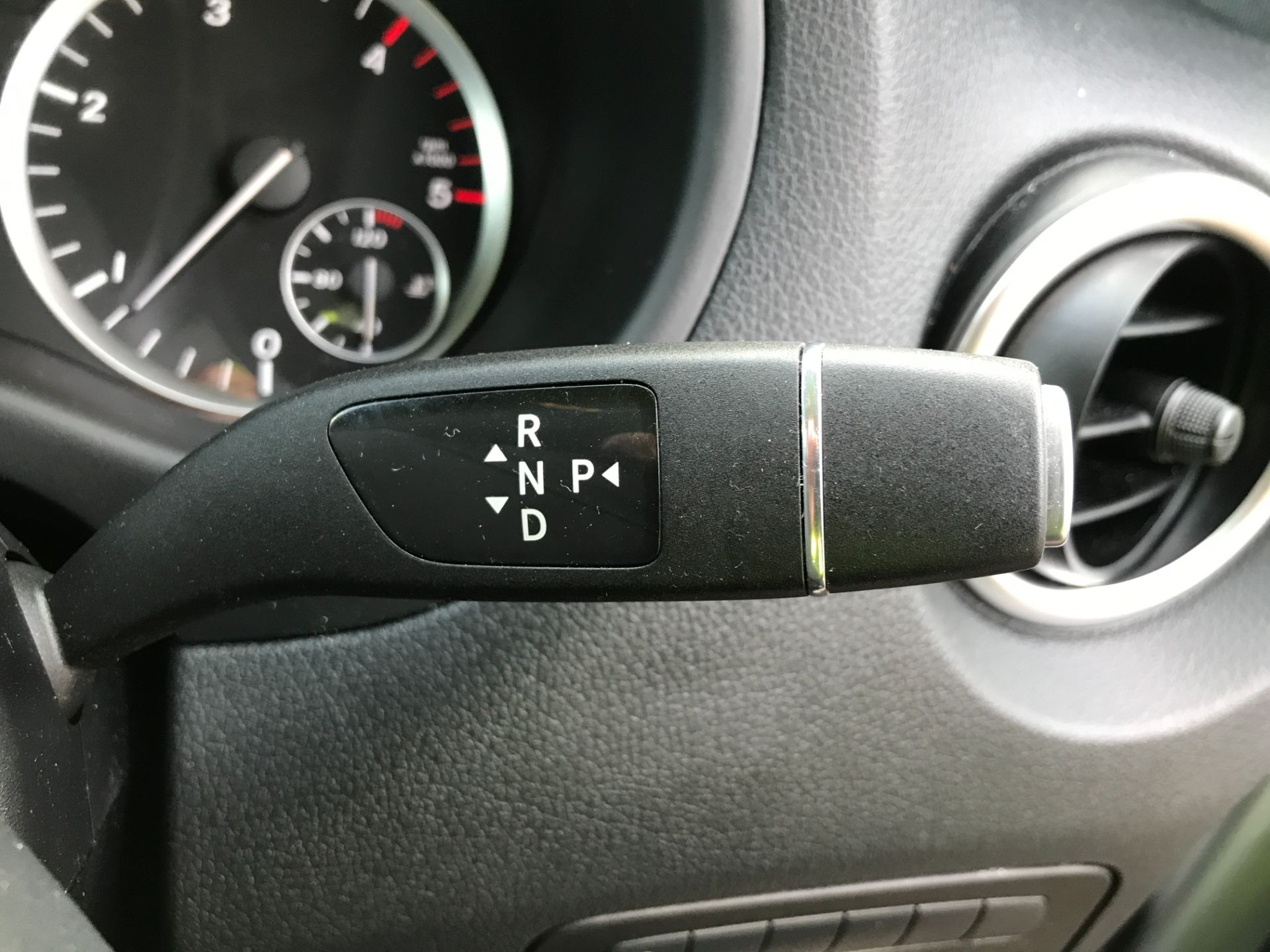 2019 Mercedes-Benz Vito 119CDI XLWB BLUETEC TOURER SELECT EURO 6 AUTOMATIC (KX19SBU) Image 28