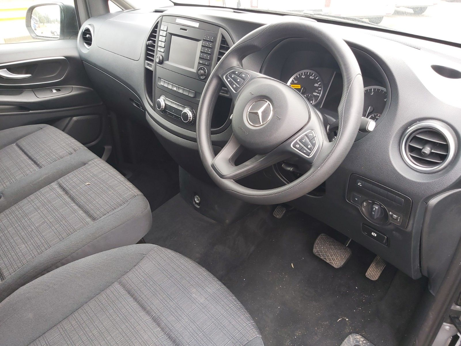 2019 Mercedes-Benz Vito 119 Cdi Select 8-Seater 7G-Tronic (KX19SDZ) Image 15
