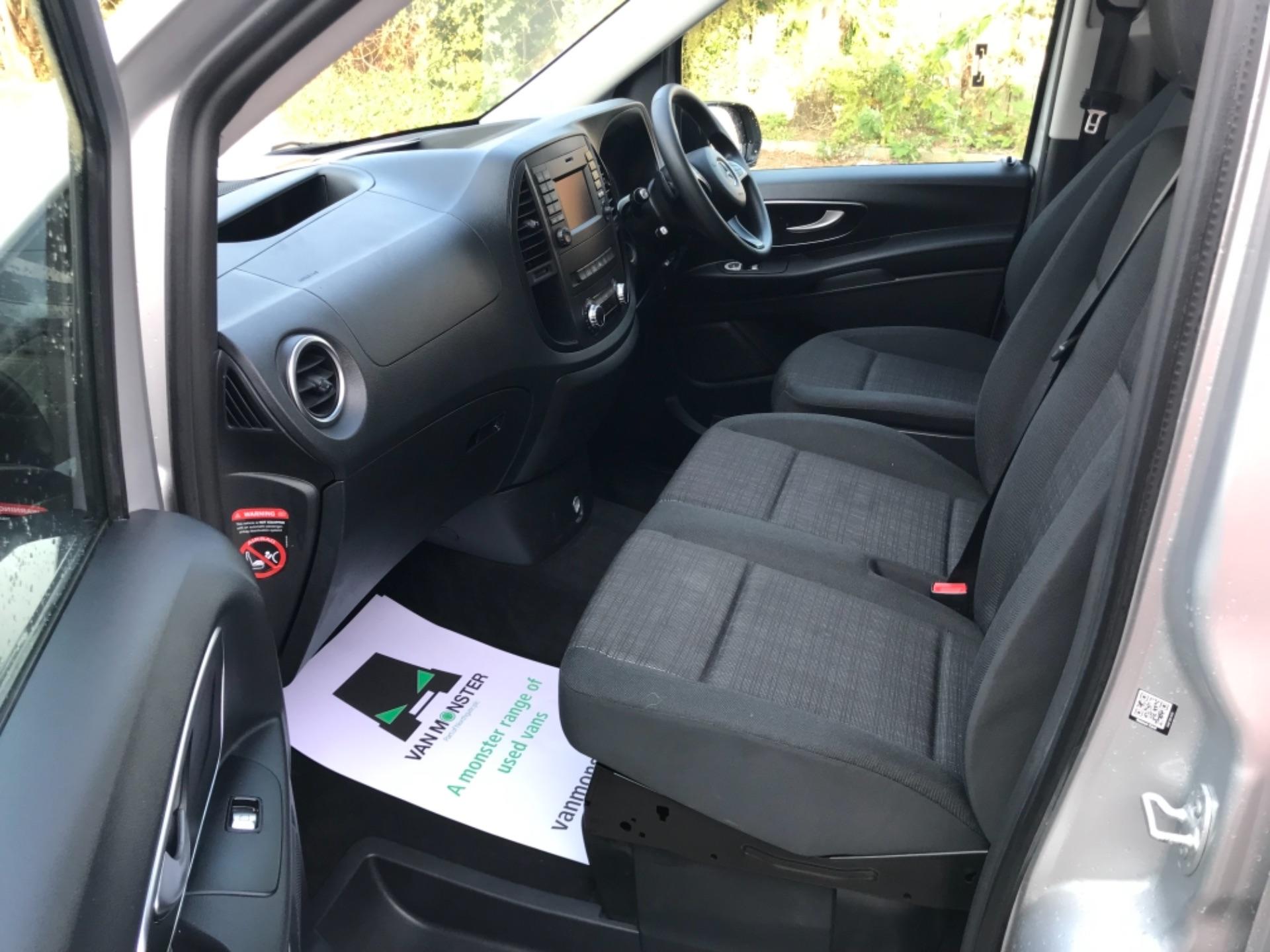 2019 Mercedes-Benz Vito 119 Cdi Select 8-Seater 7G-Tronic (KX19SEO) Image 22