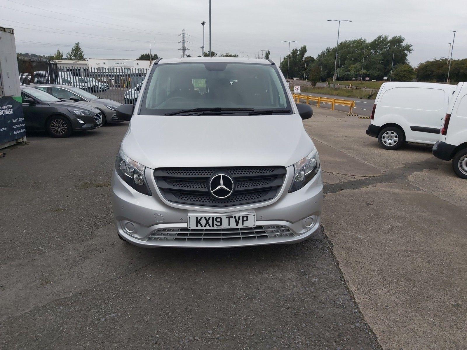 2019 Mercedes-Benz Vito 119 Cdi Select 8-Seater 7G-Tronic (KX19TVP) Image 2
