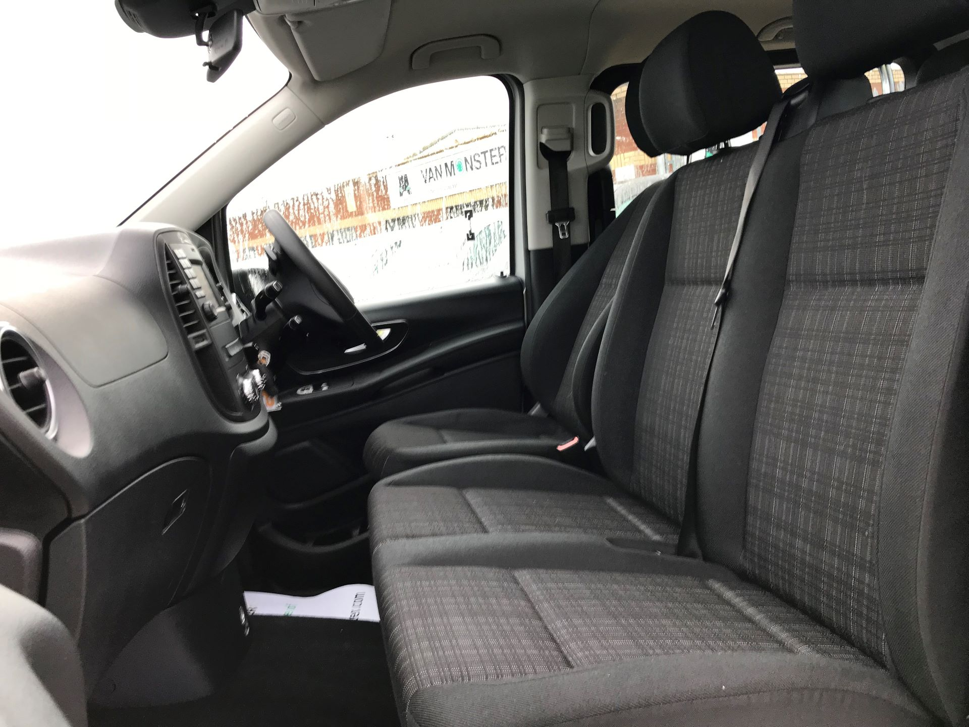 2019 Mercedes-Benz Vito 119 Cdi Select 8-Seater 7G-Tronic (KX19TVT) Image 17