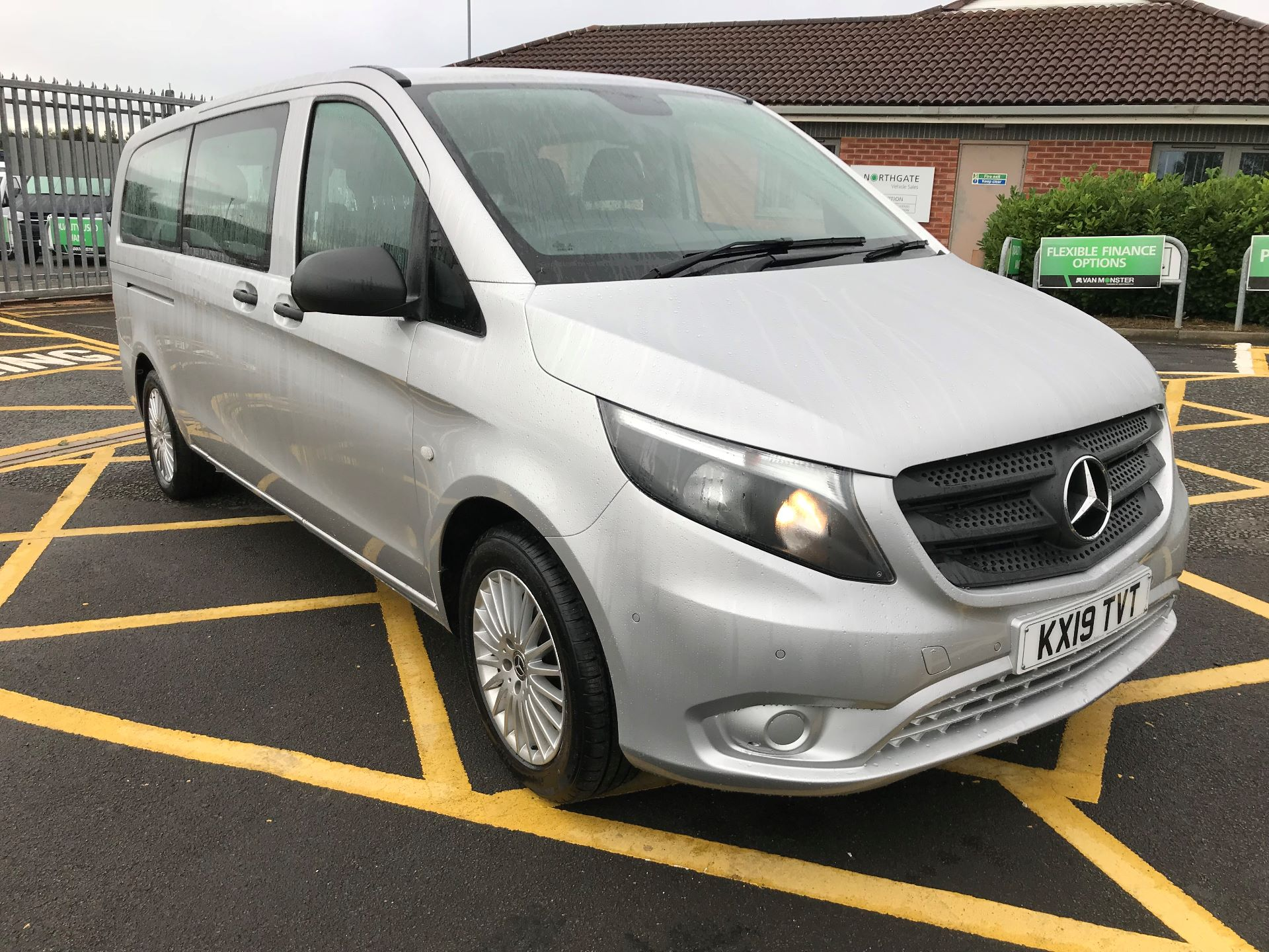 2019 Mercedes-Benz Vito 119 Cdi Select 8-Seater 7G-Tronic (KX19TVT)