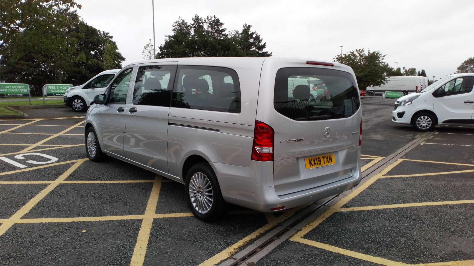 2019 Mercedes-Benz Vito 119 Bluetec Select 8-Seater 7G-Tronic (KX19TXN) Thumbnail 5