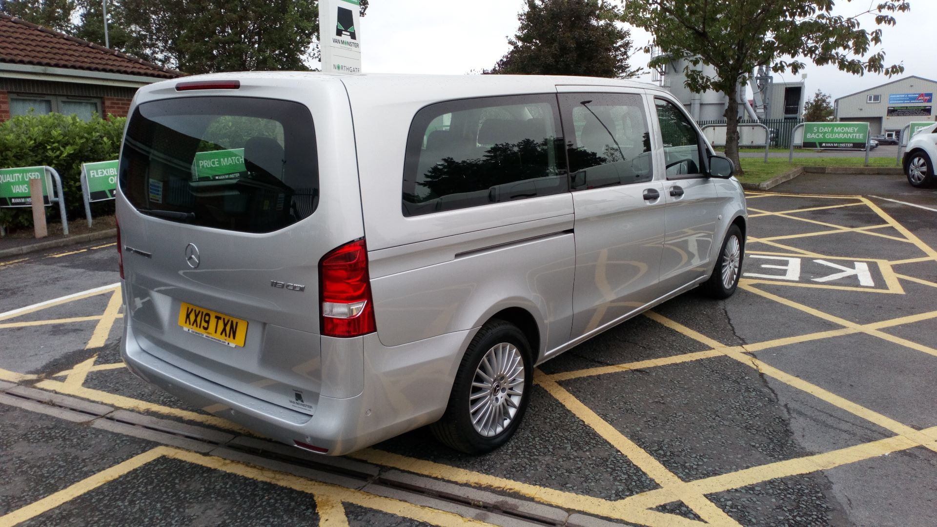 2019 Mercedes-Benz Vito 119 Bluetec Select 8-Seater 7G-Tronic (KX19TXN) Thumbnail 7