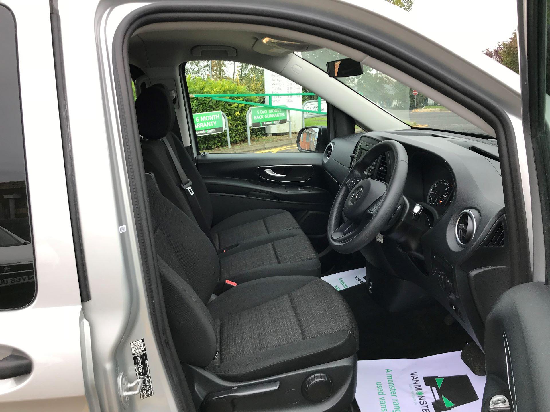2019 Mercedes-Benz Vito 119 Cdi Select 8-Seater 7G-Tronic (KX19UNV) Image 12
