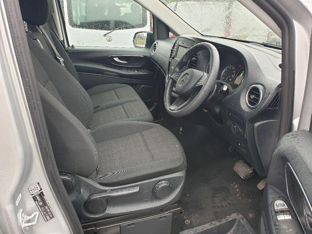 2019 Mercedes-Benz Vito 119 CDI BLUETEC TOURER SELECT AUTO EURO 6 (KX19UOC) Image 15
