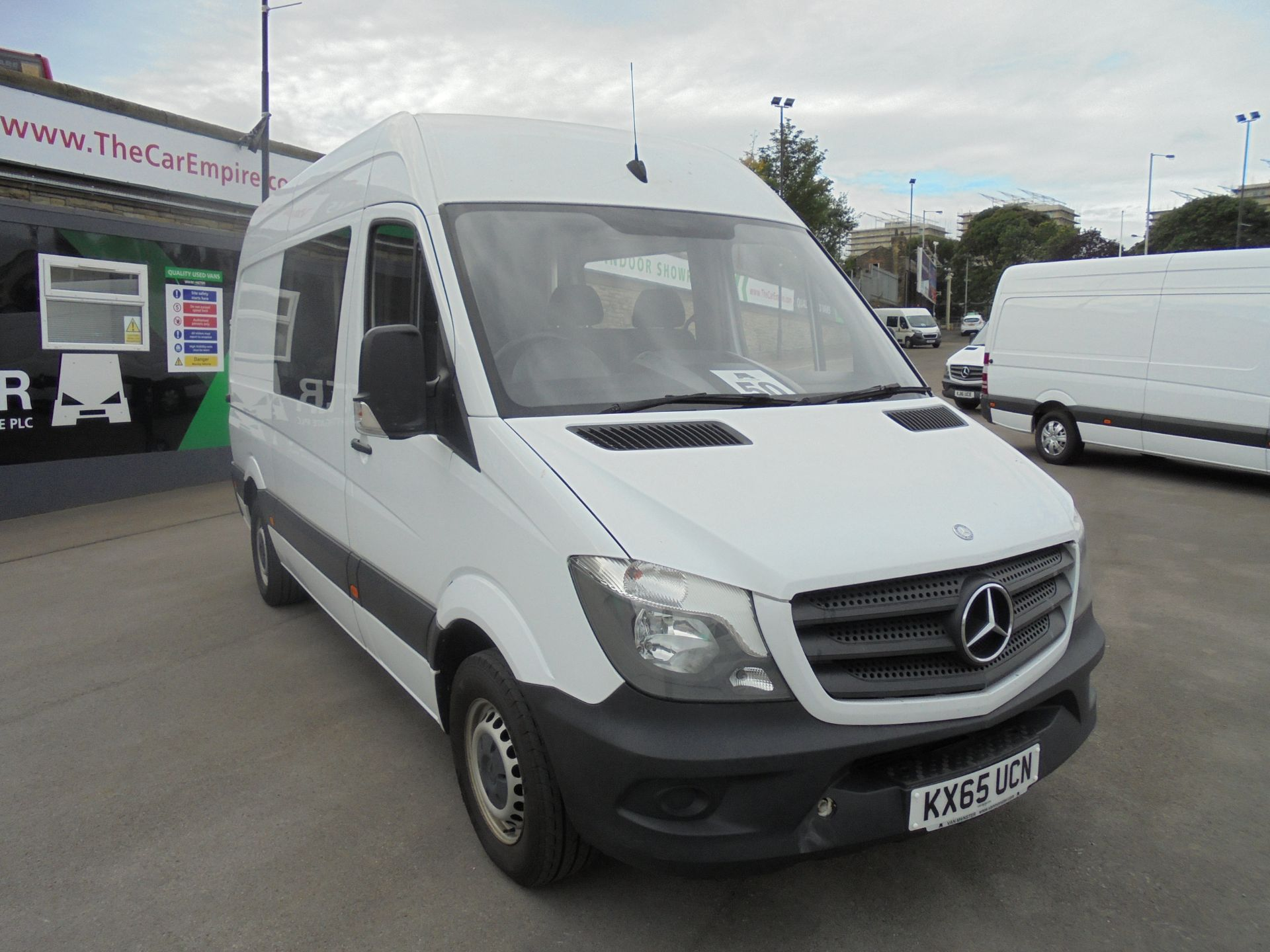 2015 Mercedes-Benz Sprinter 3.5T High Roof Van CREW VAN (KX65UCN)