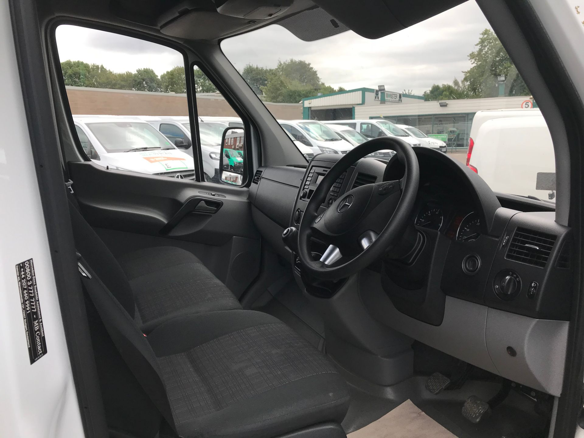 2017 Mercedes-Benz Sprinter 314 LWB H/R VAN EURO 6 (KX67YZC) Image 9