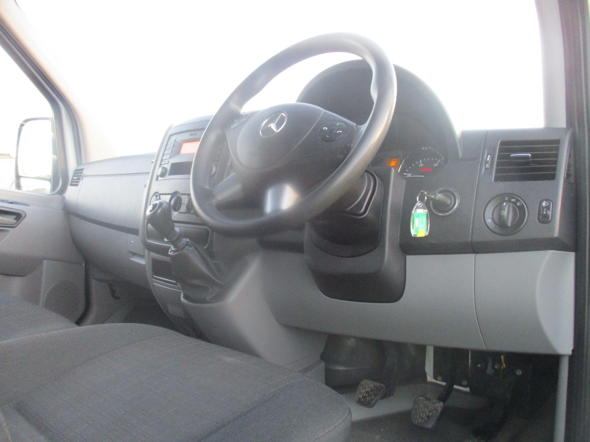 2017 Mercedes-Benz Sprinter 314 LWB H/R VAN EURO 6 (KX67YZP) Image 13