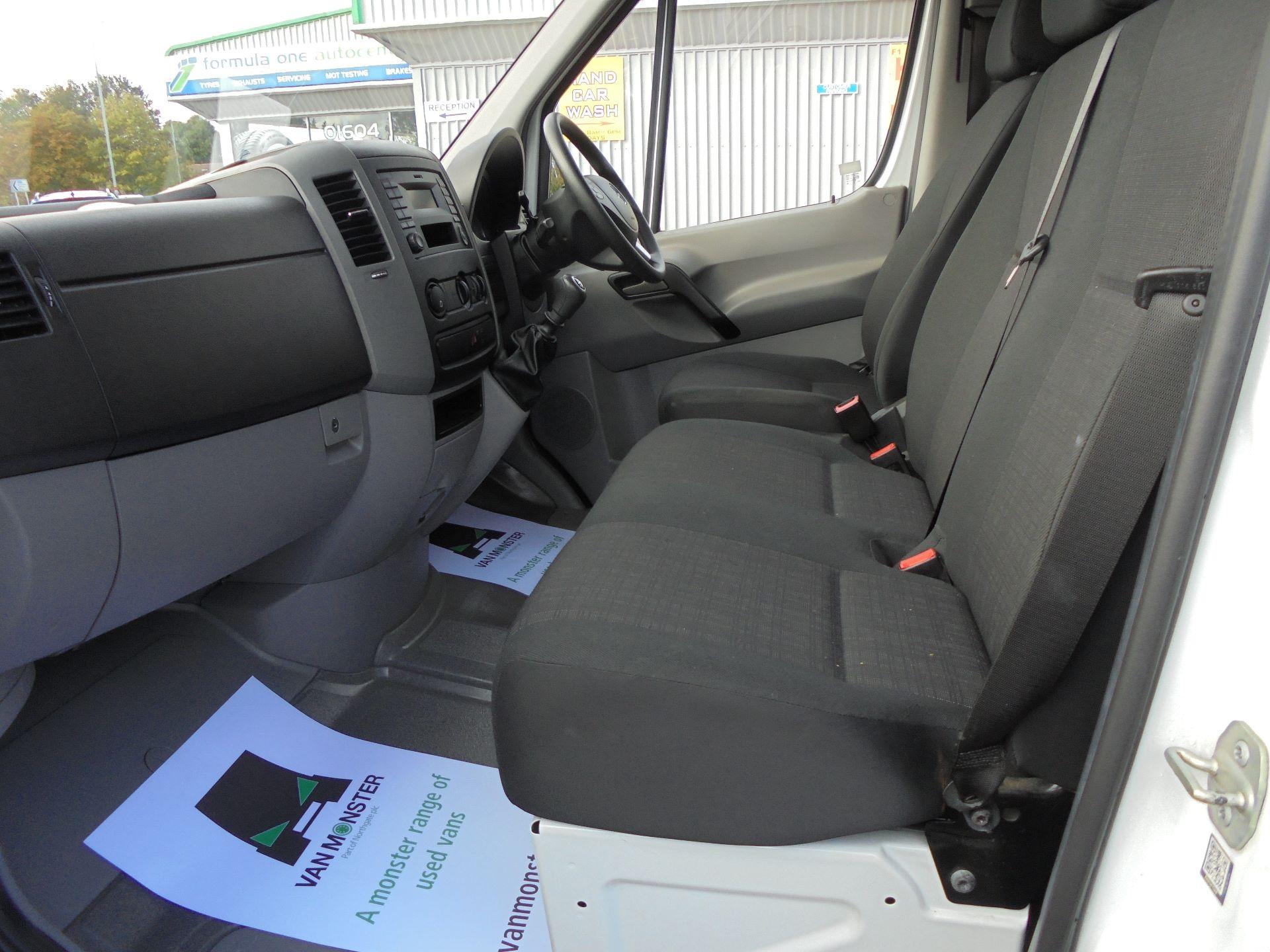 2017 Mercedes-Benz Sprinter  314 LWB H/R VAN EURO 6 (KX67ZHC) Image 17