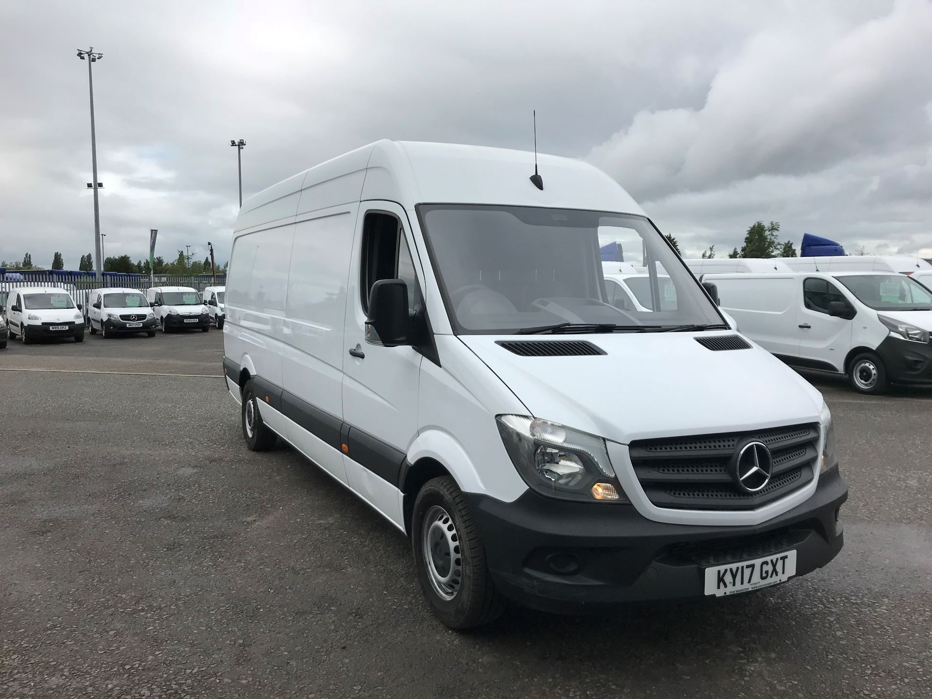2017 Mercedes-Benz Sprinter 3.5T High Roof Van *VALUE RANGE VEHICLE CONDITION REFLECTED IN PRICE* (KY17GXT)