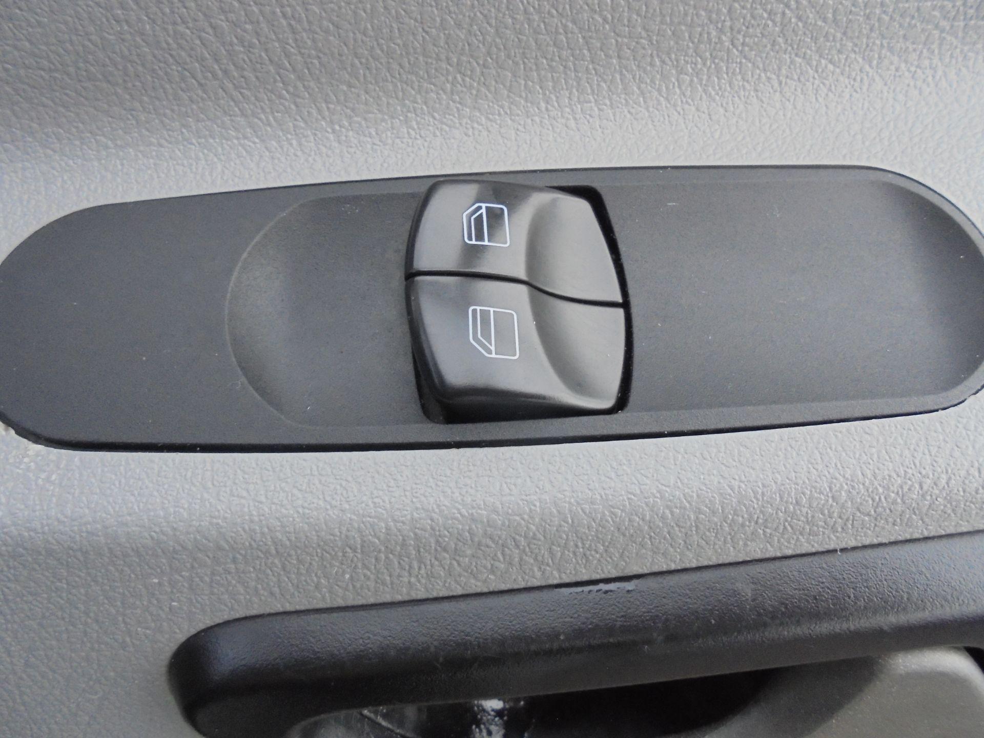 2017 Mercedes-Benz Sprinter 314 CDI MWB TIPPER 140PS S/CAB (KY17HCC) Image 20