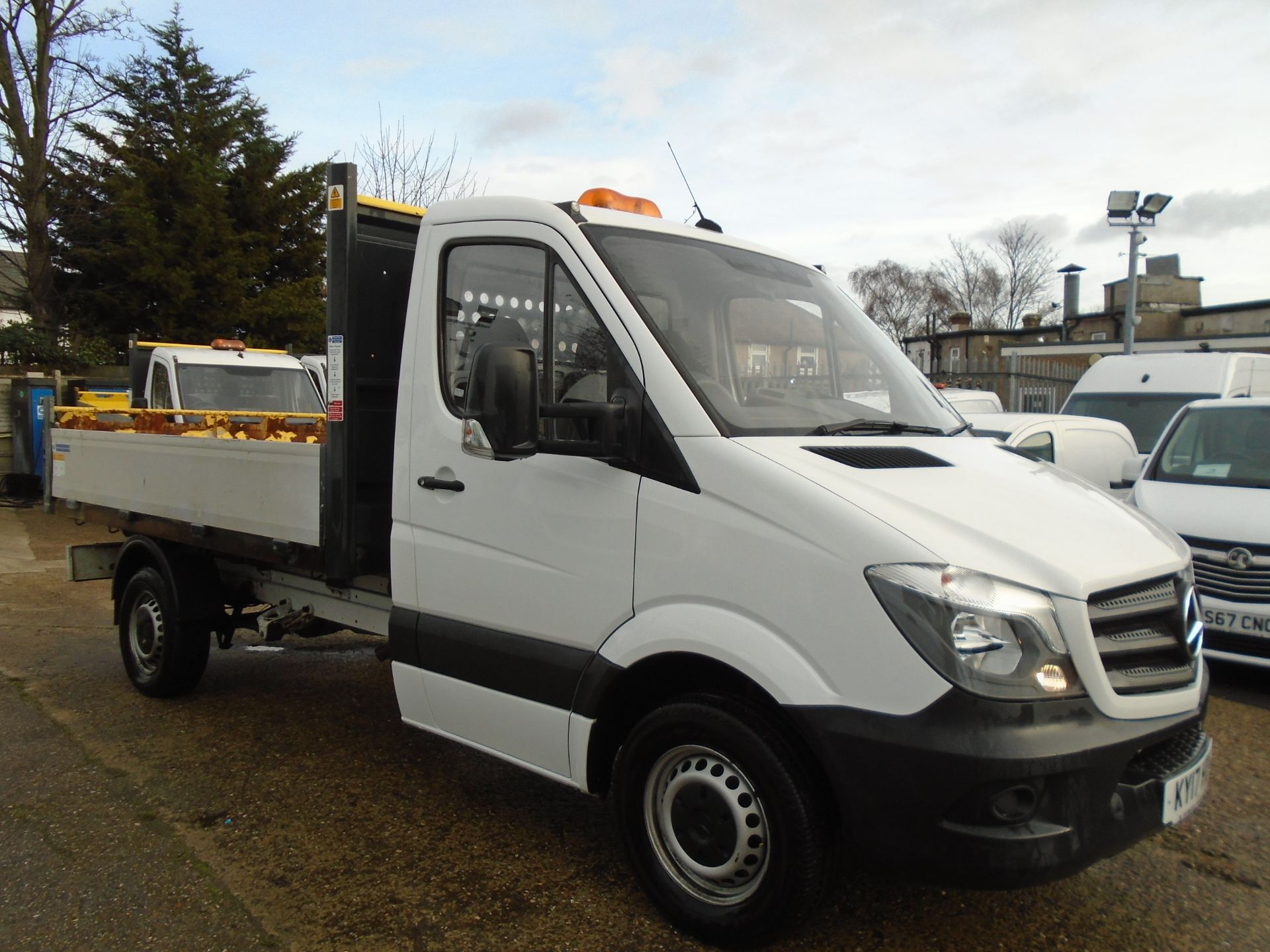 2017 Mercedes-Benz Sprinter 3.5T Chassis Cab *EURO 6* (KY17HDV)