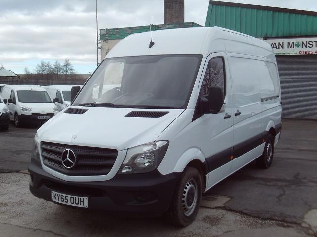 2015 Mercedes-Benz Sprinter 313cdi mwb High Roof 130ps (KY65OUH) Image 2