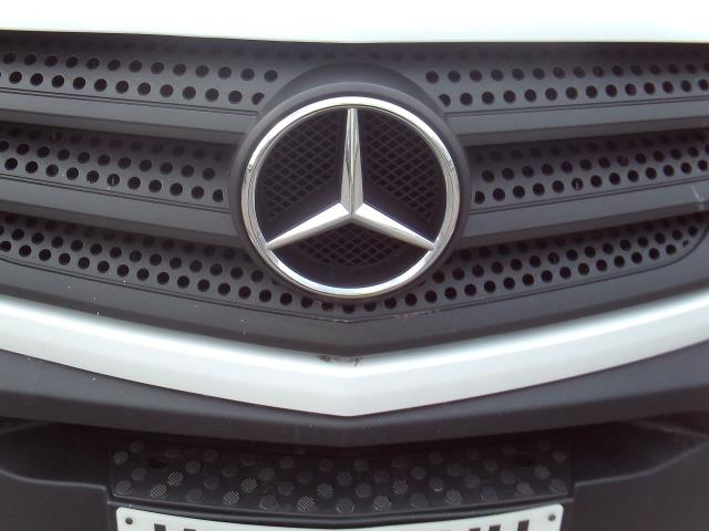 2015 Mercedes-Benz Sprinter 313cdi mwb High Roof 130ps (KY65OUH) Image 25