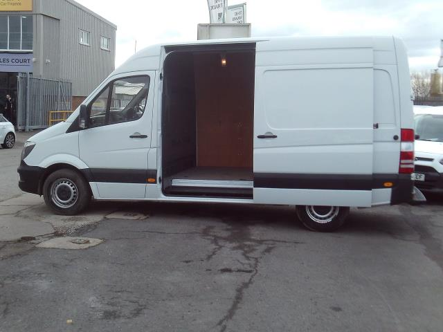 2015 Mercedes-Benz Sprinter 313cdi mwb High Roof 130ps (KY65OUH) Image 7
