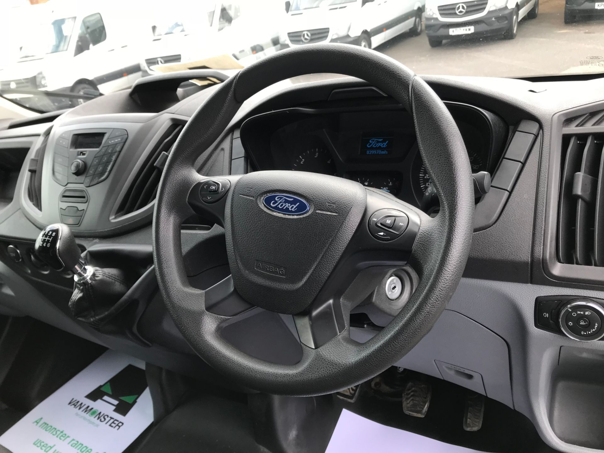 2015 Ford Transit   350 L4 LUTON 125PS EURO 5 (KY65ZFF) Image 21