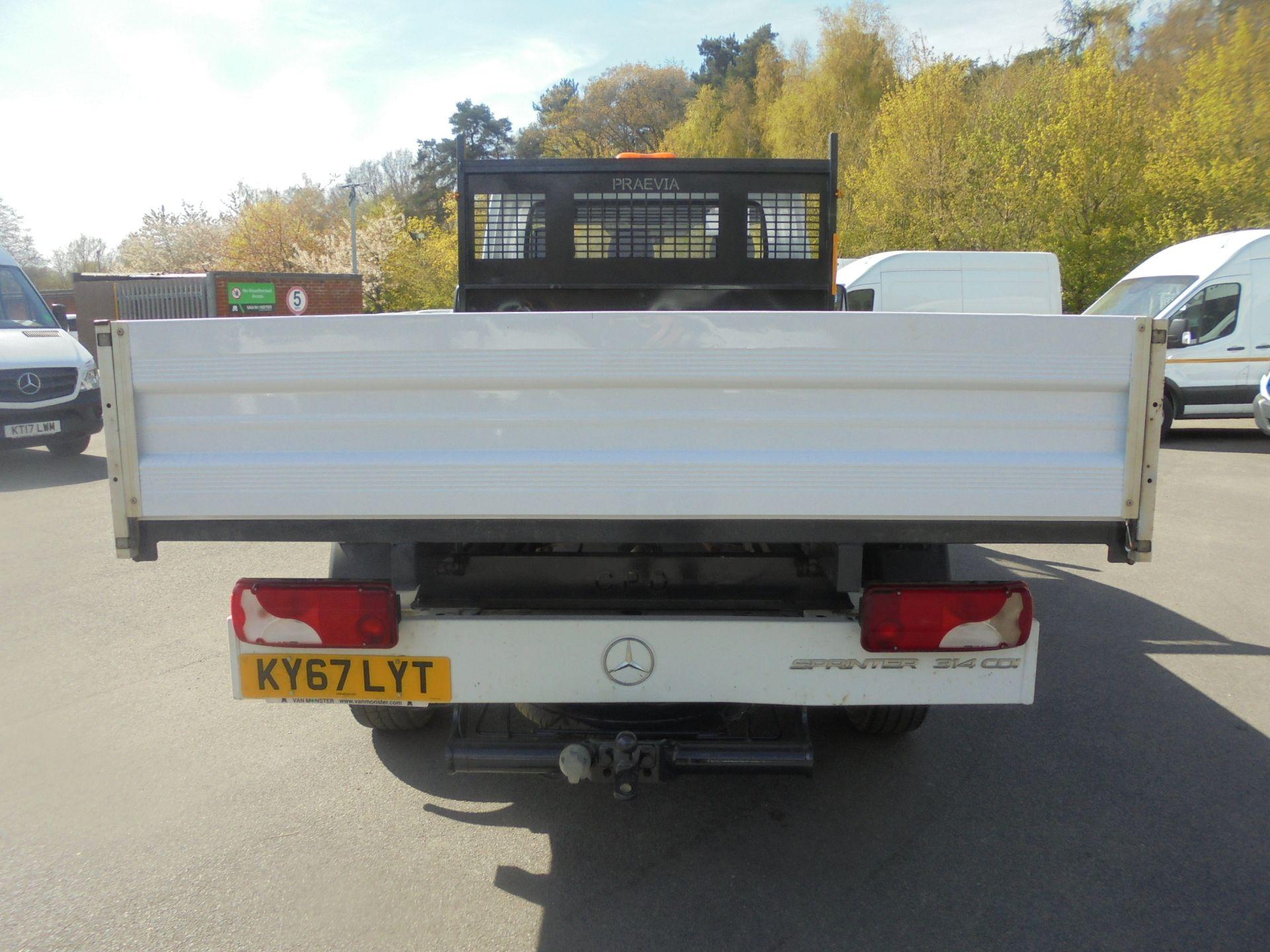 2018 Mercedes-Benz Sprinter 3.5T Single Cab Tipper (KY67LYT) Image 7