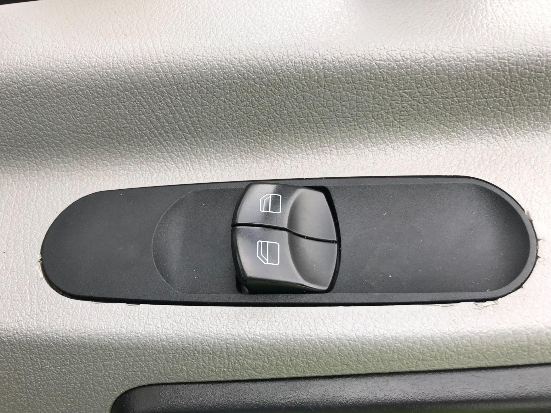 2017 Mercedes-Benz Sprinter  314 S/CAB TIPPER EURO 6 (KY67LZD) Image 17