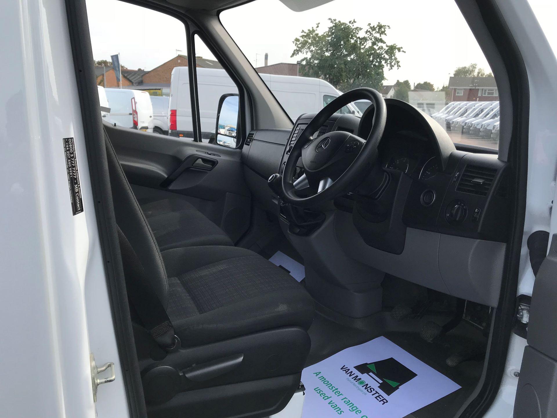 2017 Mercedes-Benz Sprinter  314 LWB H/R VAN EURO 6 (KY67SUH) Image 20