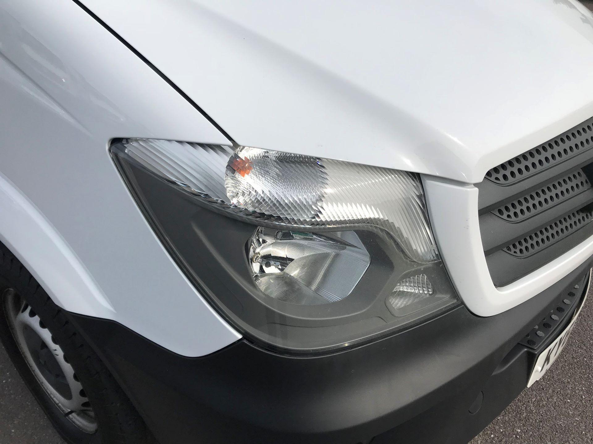 2017 Mercedes-Benz Sprinter  314 LWB H/R VAN EURO 6 (KY67SUH) Image 15