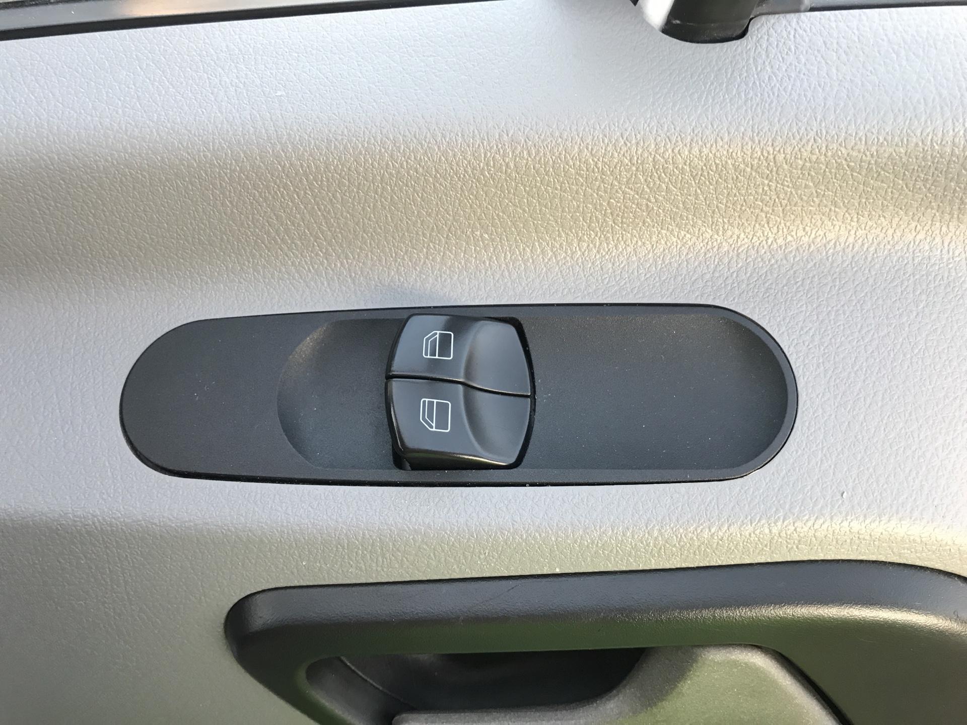 2017 Mercedes-Benz Sprinter  314 LWB H/R VAN EURO 6 (KY67TFZ) Image 15