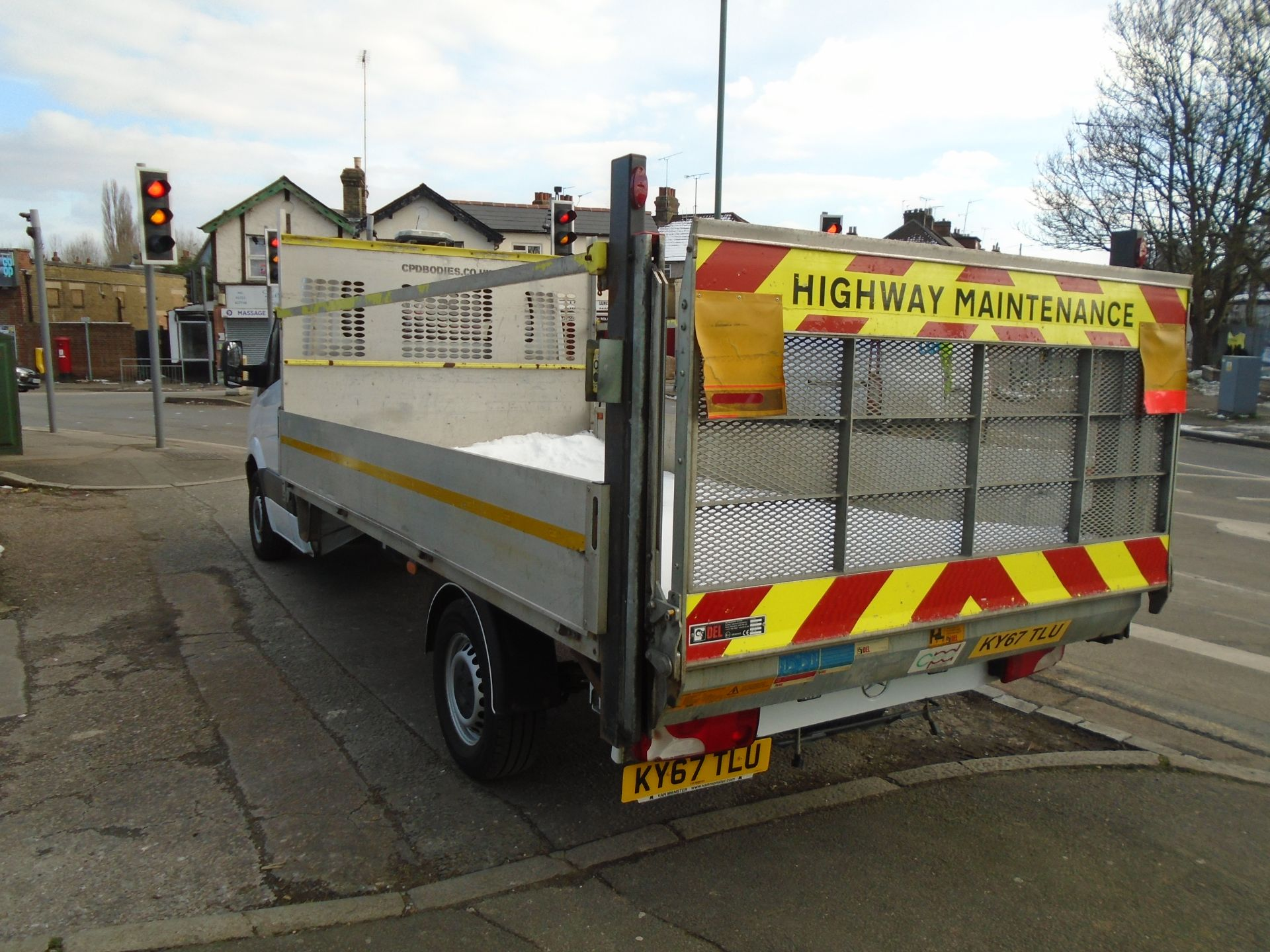 2017 Mercedes-Benz Sprinter 3.5T Chassis Cab *EURO 6* (KY67TLU) Image 4