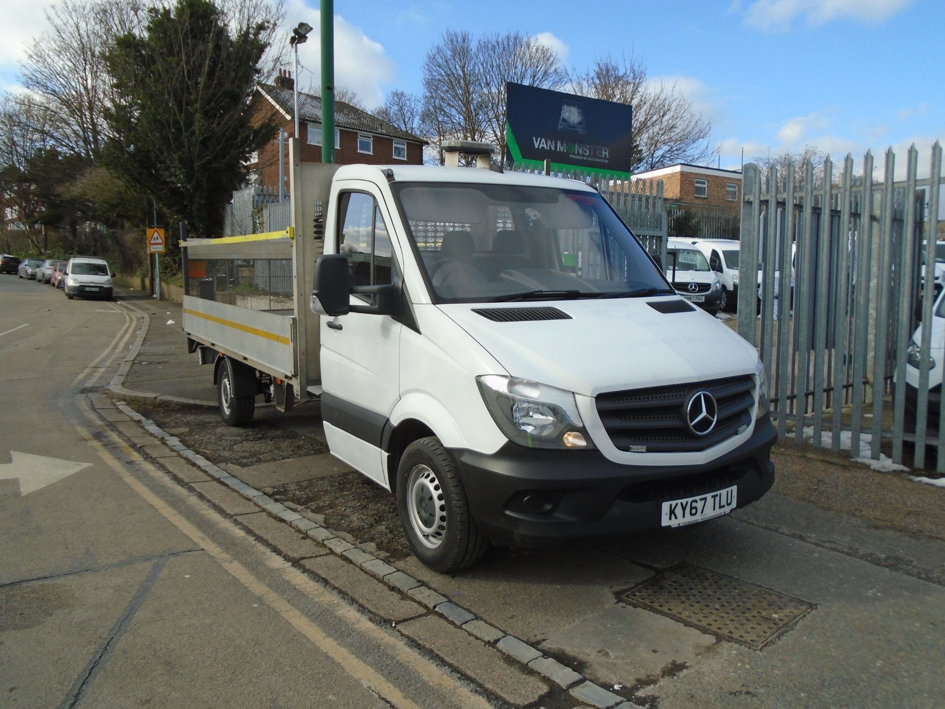 2017 Mercedes-Benz Sprinter 3.5T Chassis Cab *EURO 6* (KY67TLU)