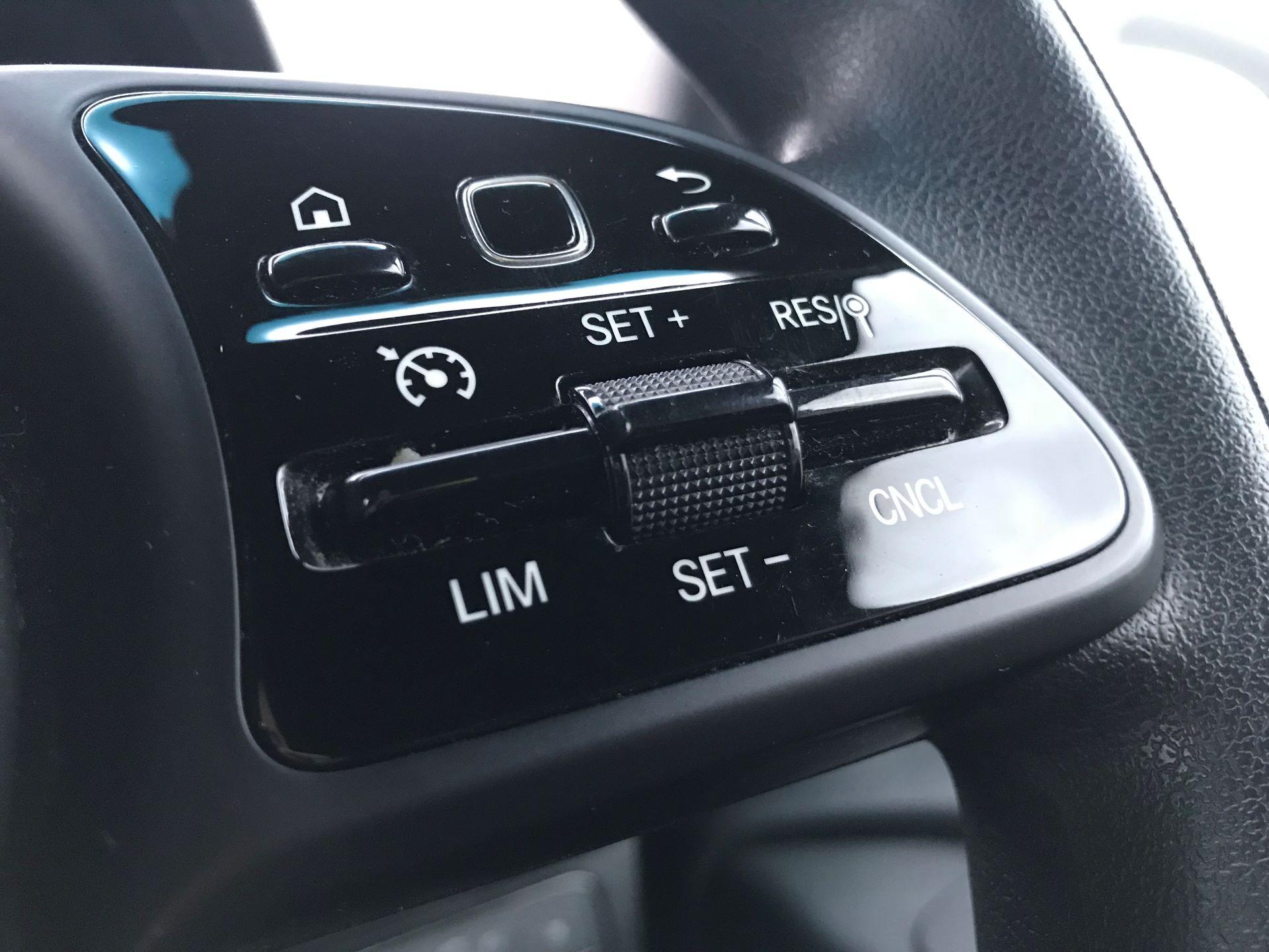 2018 Mercedes-Benz Sprinter 3.5T H2 Van (KY68UGT) Image 29