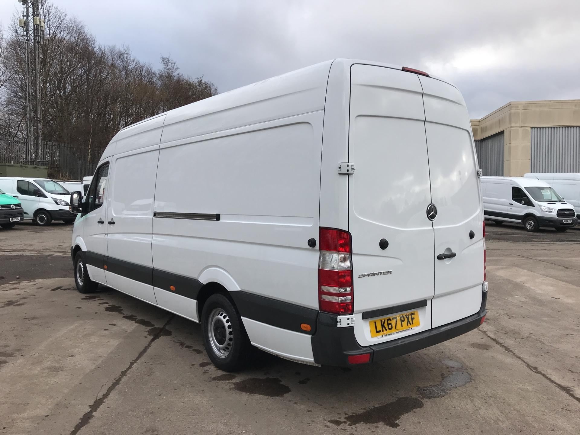 2017 Mercedes-Benz Sprinter 314 CDI LWB HIGH ROOF VAN EURO 6 (LK67PXF) Image 5
