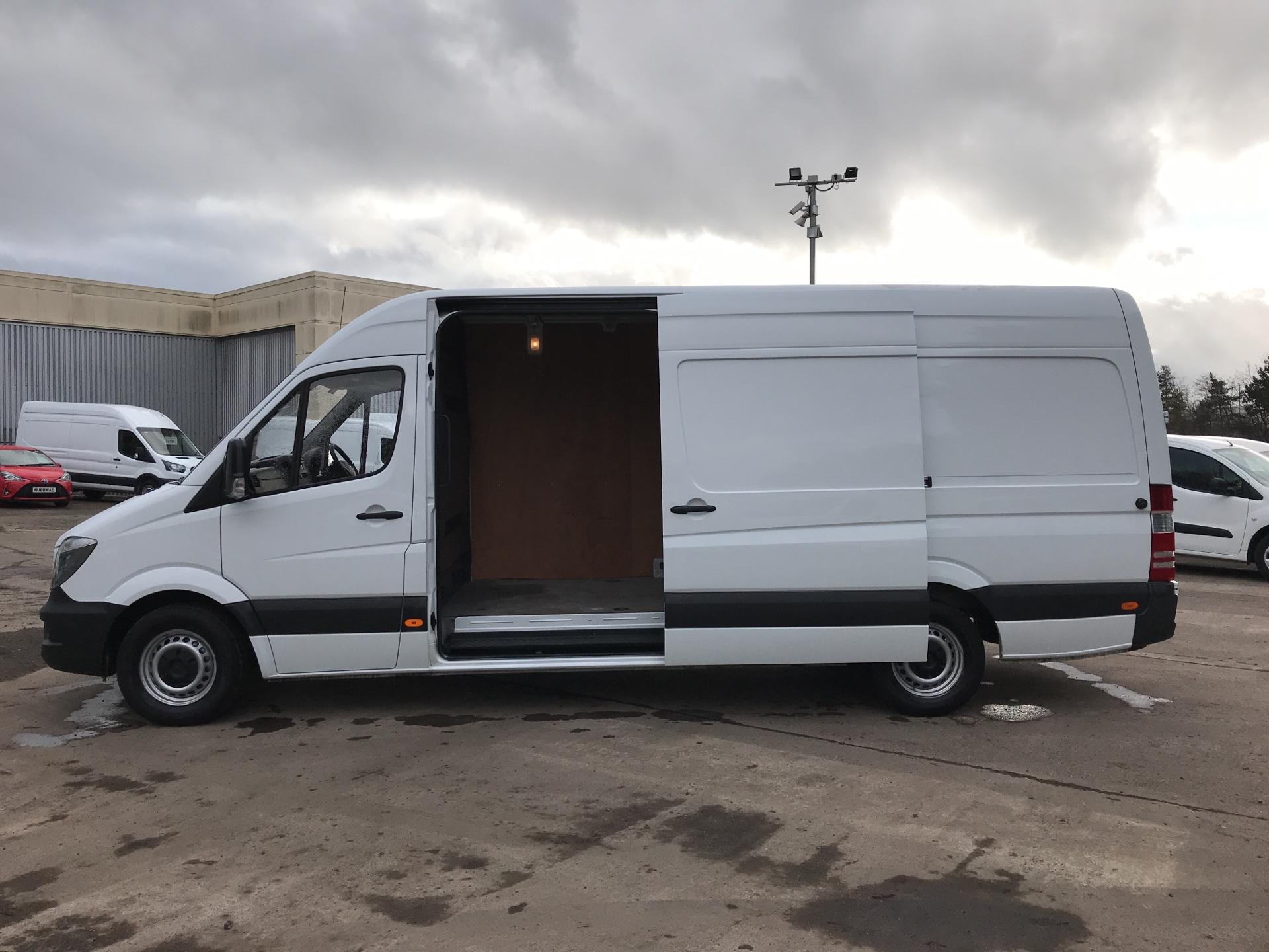 2017 Mercedes-Benz Sprinter 314 CDI LWB HIGH ROOF VAN EURO 6 (LK67PXF) Image 18