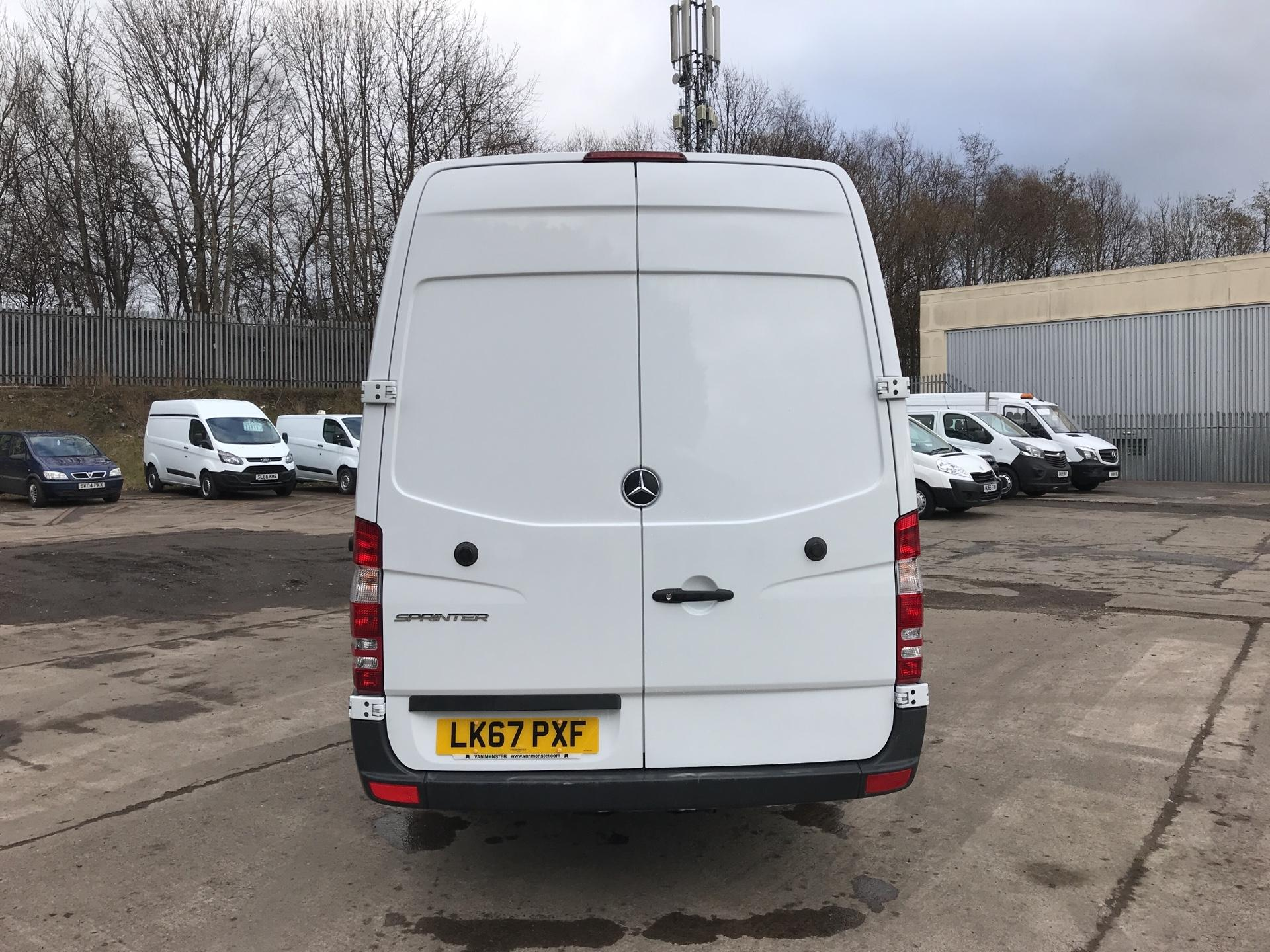 2017 Mercedes-Benz Sprinter 314 CDI LWB HIGH ROOF VAN EURO 6 (LK67PXF) Image 4