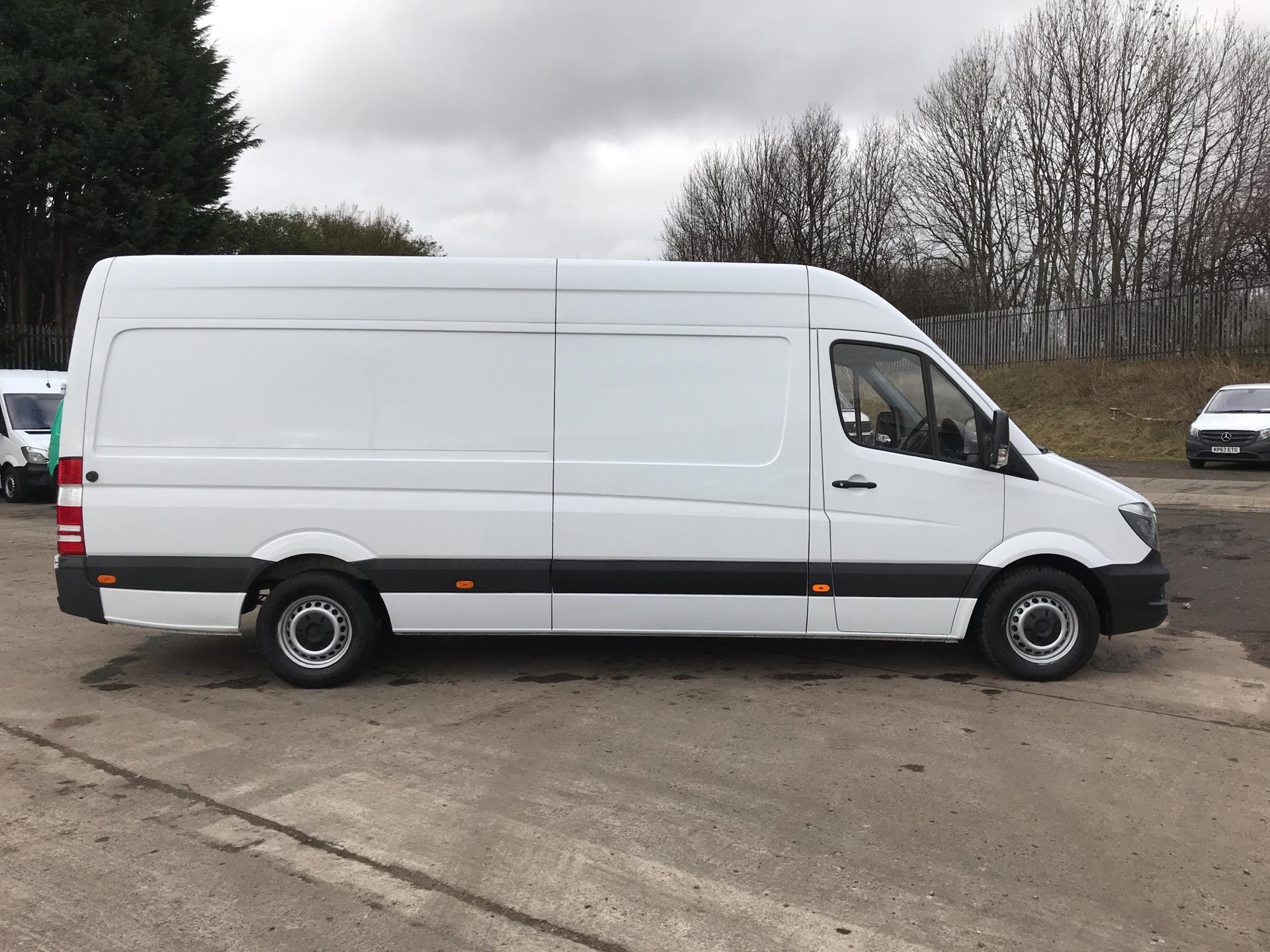 2017 Mercedes-Benz Sprinter 314 CDI LWB HIGH ROOF VAN EURO 6 (LK67PXF) Image 2