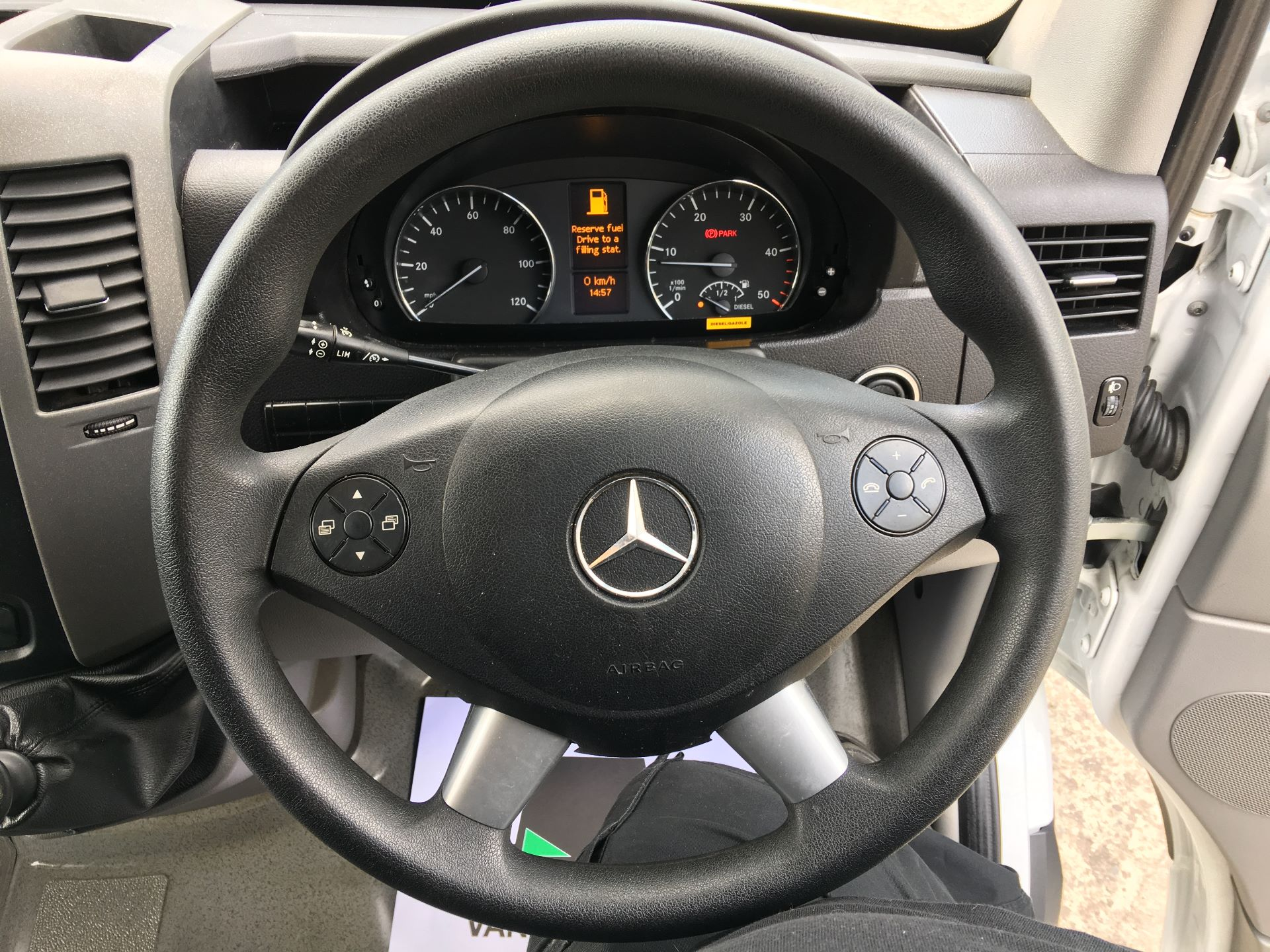 2017 Mercedes-Benz Sprinter 314 CDI LWB HIGH ROOF VAN EURO 6 (LM67FXS) Image 5