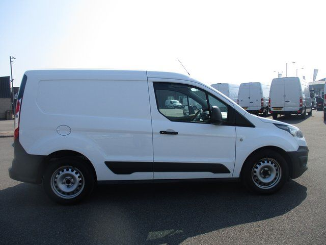 2015 Ford Transit Connect 200 L1 TDCI 75PS VAN EURO 5 (LP64FZD) Image 13