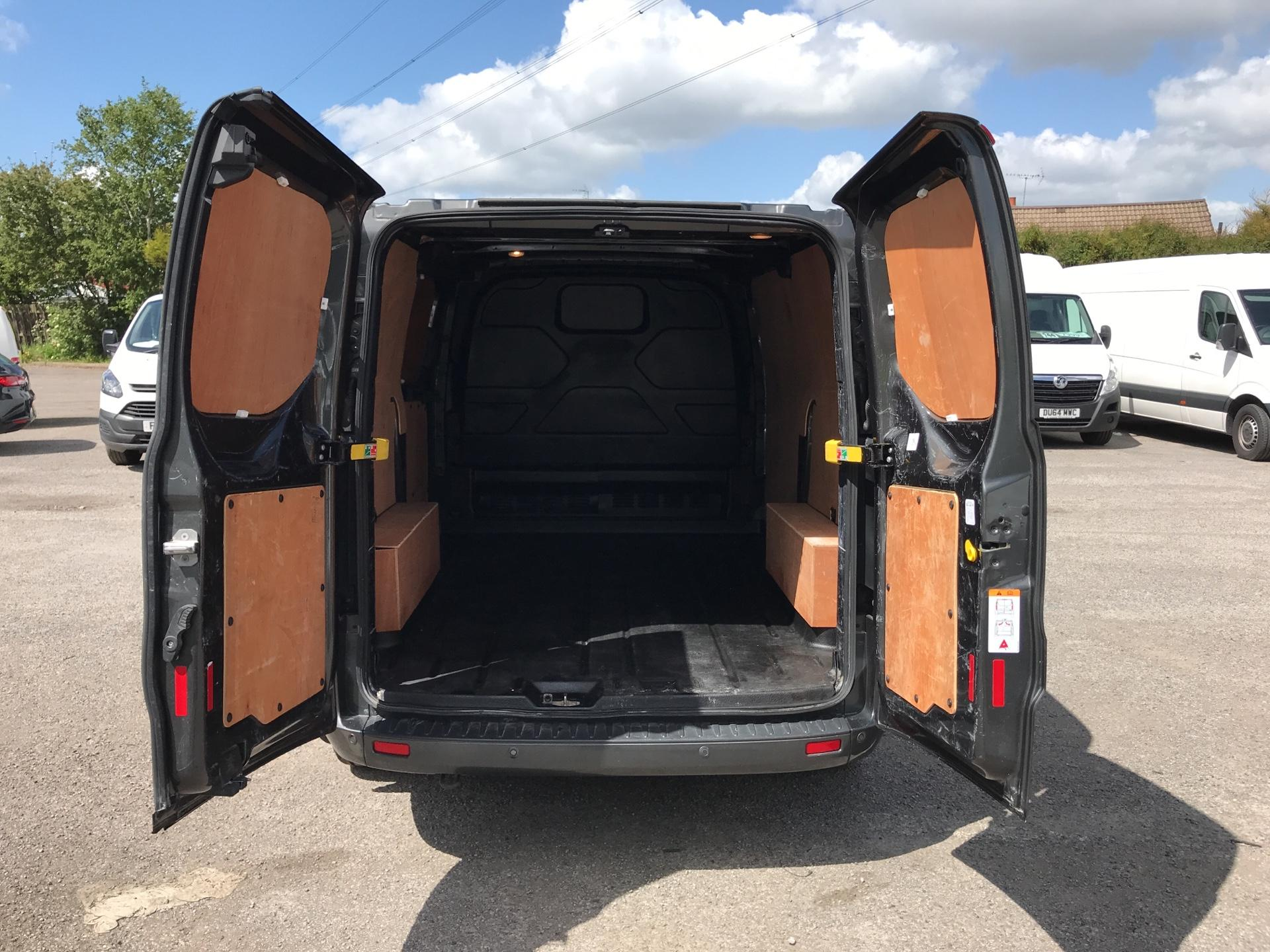 2016 Ford Transit Custom 2.2 Tdci 155Ps Low Roof Limited Van EURO 5 (MA16FMP) Image 16