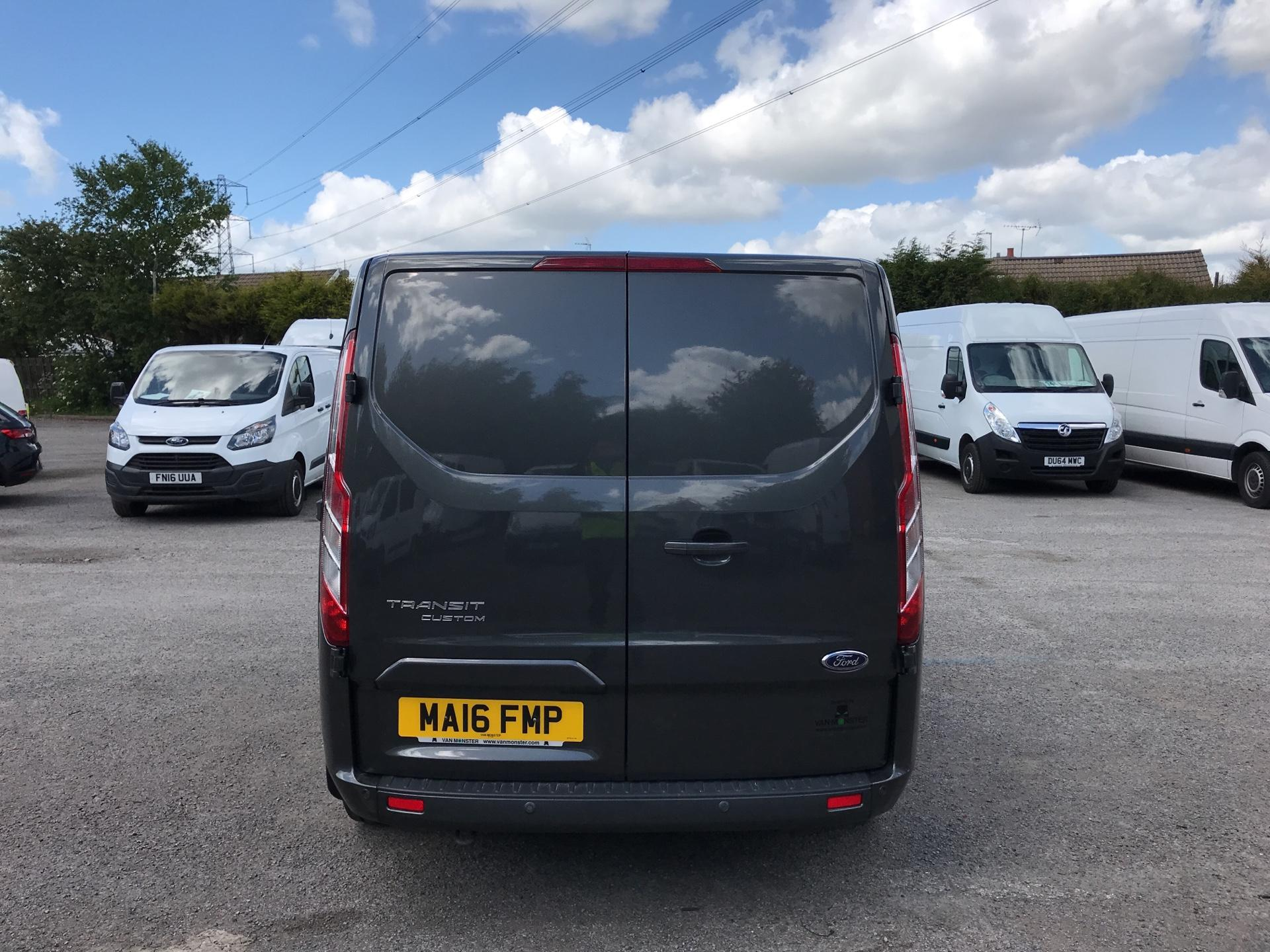 2016 Ford Transit Custom 2.2 Tdci 155Ps Low Roof Limited Van EURO 5 (MA16FMP) Image 4
