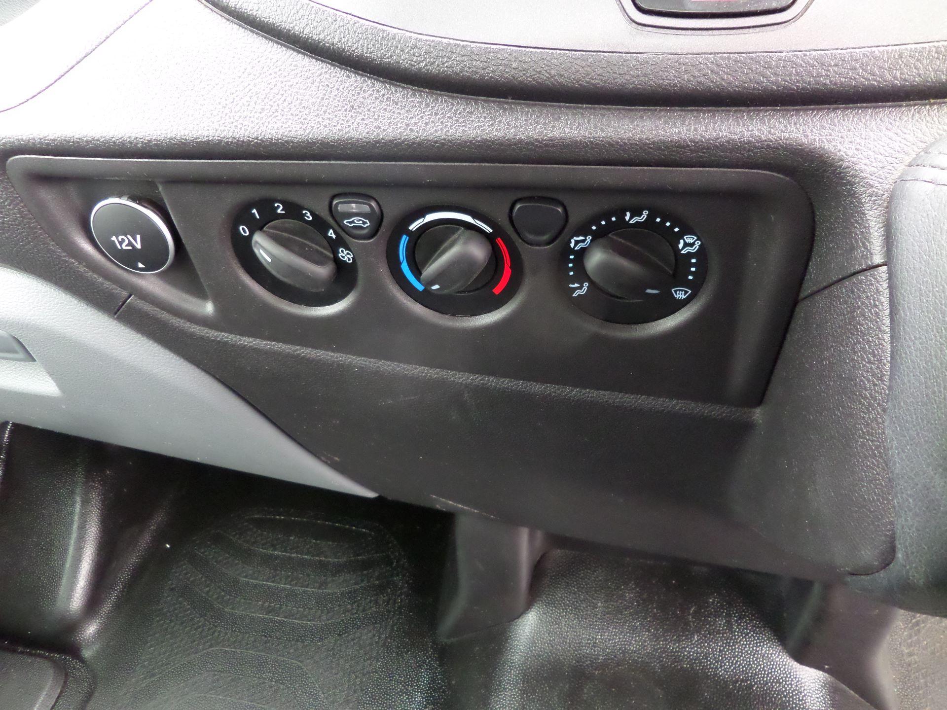 2017 Ford Transit 2.0 Tdci 130Ps L4 Dropside Euro 6 (MA17NHF) Image 12