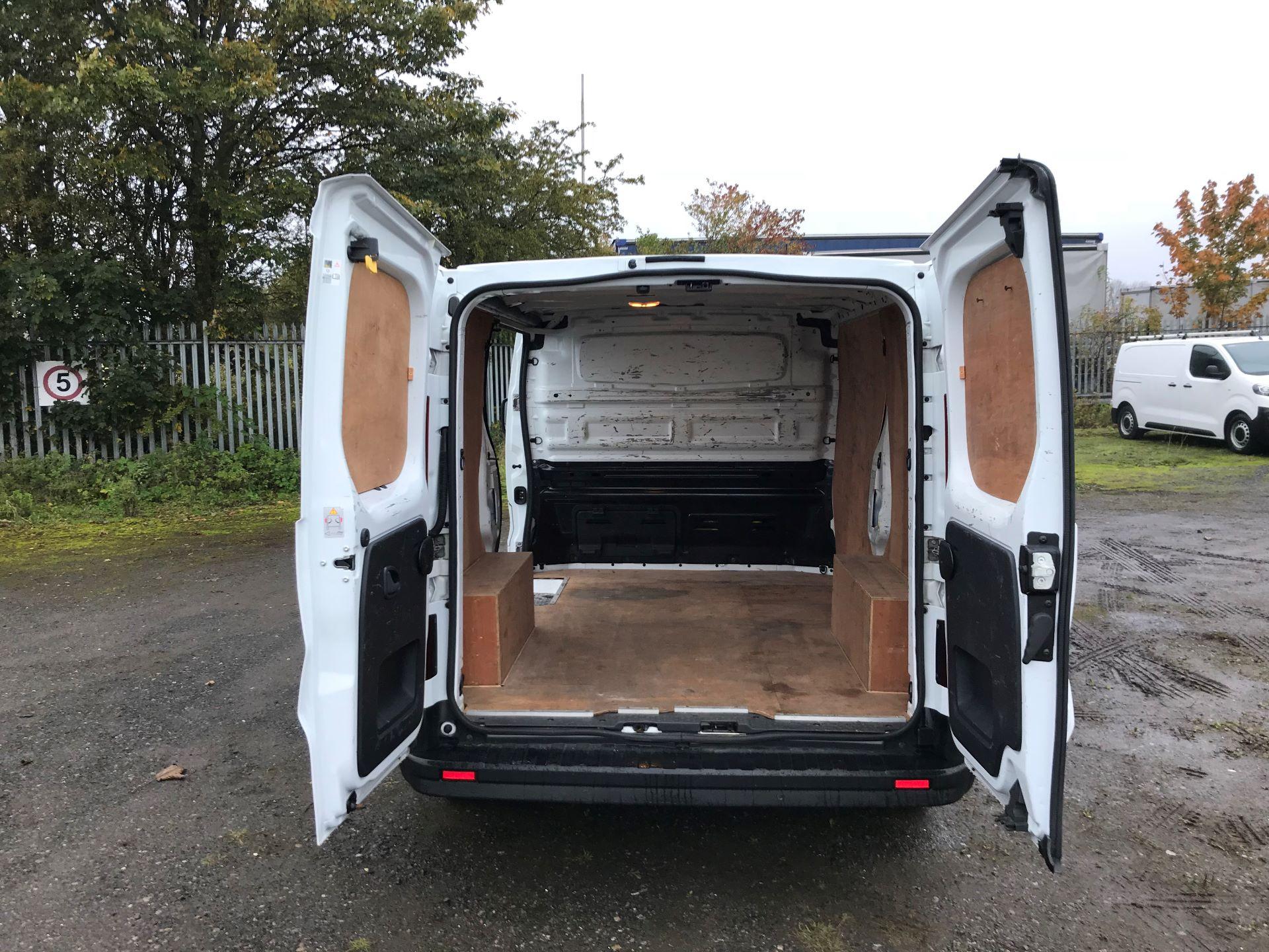 2016 Renault Trafic Sl27 Energy Dci 120 Business+ Van (MM16FFY) Image 15