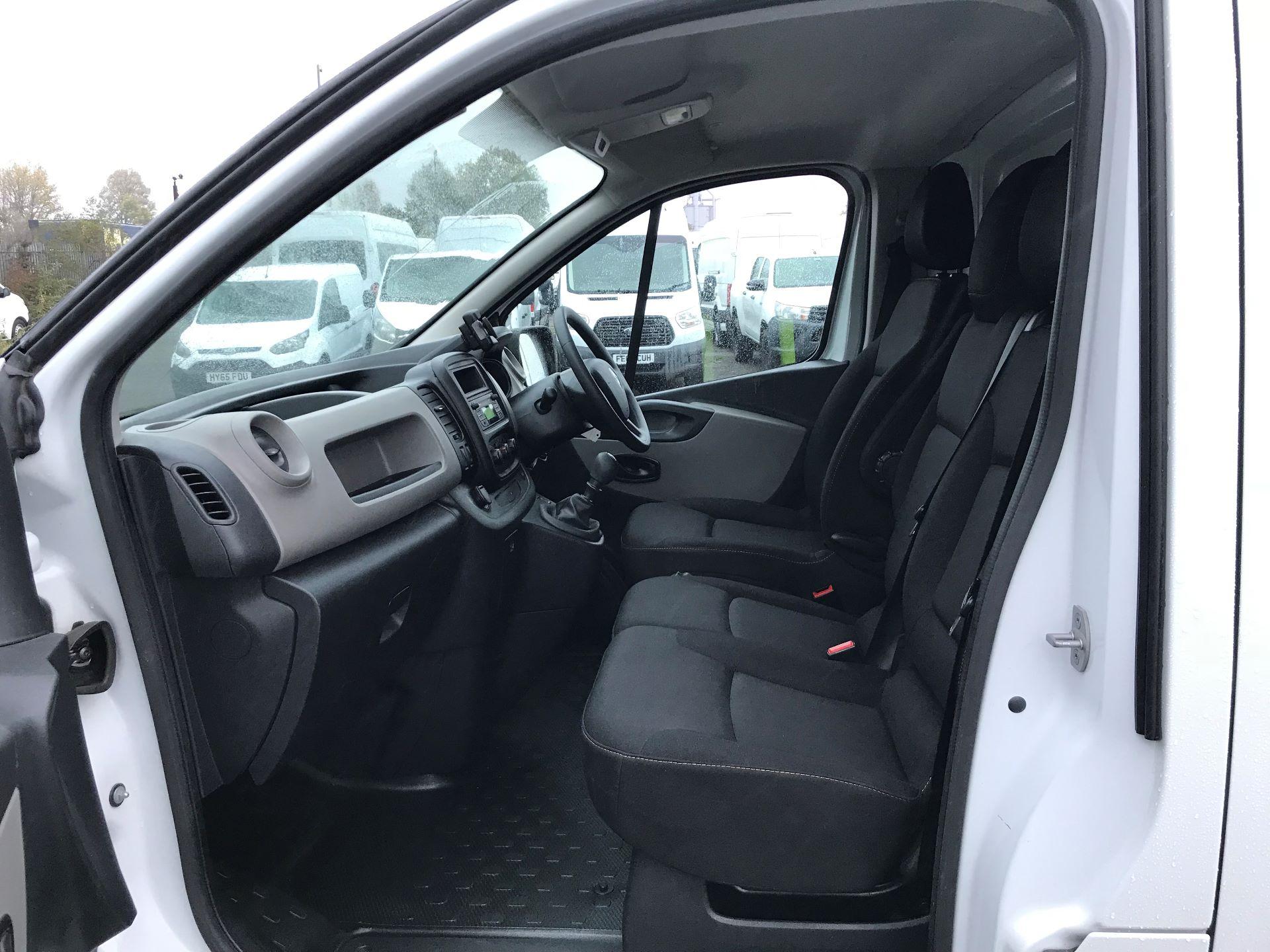 2016 Renault Trafic Sl27 Energy Dci 120 Business+ Van (MM16FFY) Image 12