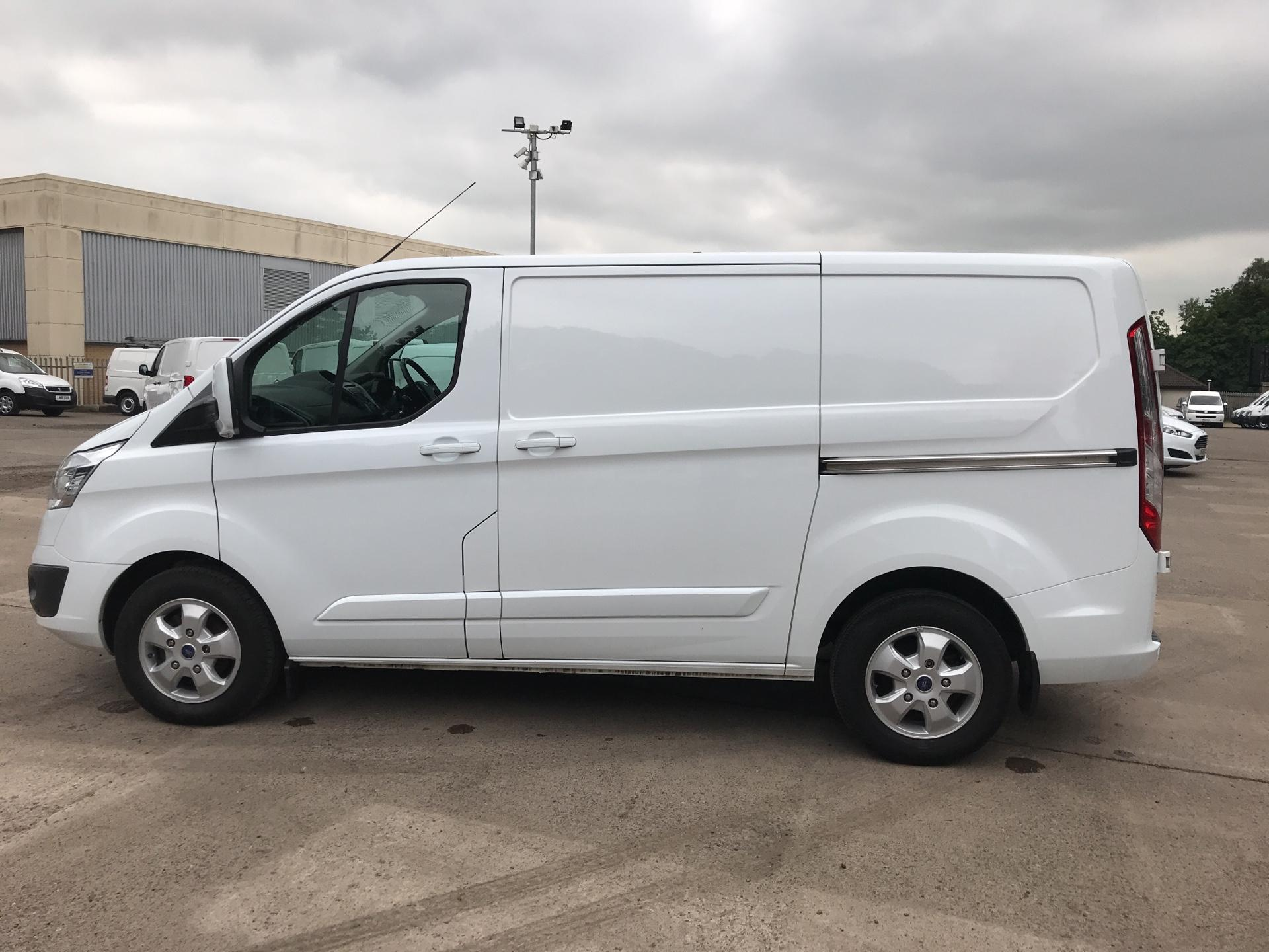 2016 Ford Transit Custom 270 L1 DIESEL FWD 2.2  TDCI 125PS LOW ROOF LIMITED VAN EURO 5 (NA16GKK) Image 6