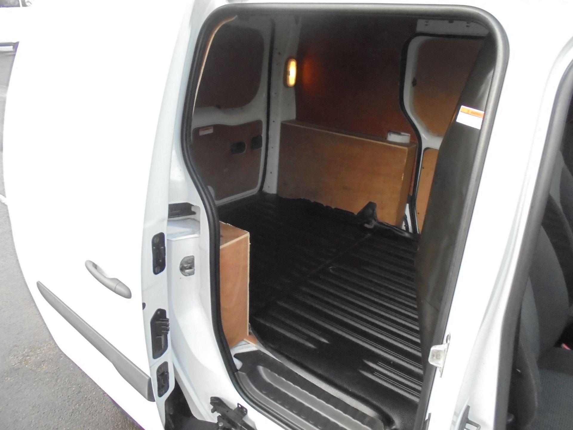 2016 Mercedes-Benz Citan 109 Cdi Van Twin SLD (NA16OVX) Image 28