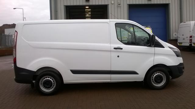 2014 Ford Transit Custom 290 L1 DIESEL FWD 2.2  TDCI 100PS LOW ROOF VAN EURO 5 (NA64BZU) Image 16