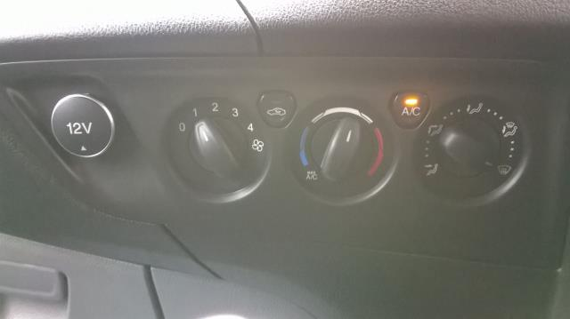 2014 Ford Transit Custom 290 L1 DIESEL FWD 2.2  TDCI 100PS LOW ROOF VAN EURO 5 (NA64BZU) Image 25