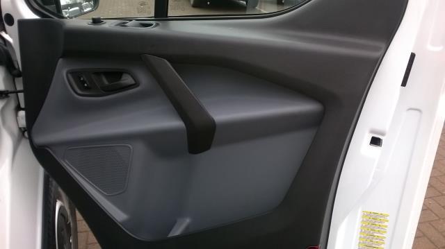2014 Ford Transit Custom 290 L1 DIESEL FWD 2.2  TDCI 100PS LOW ROOF VAN EURO 5 (NA64BZU) Image 17