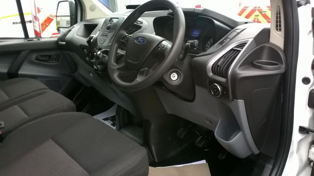 2014 Ford Transit Custom 290 L1 DIESEL FWD 2.2  TDCI 100PS LOW ROOF VAN EURO 5 (NA64BZU) Image 19