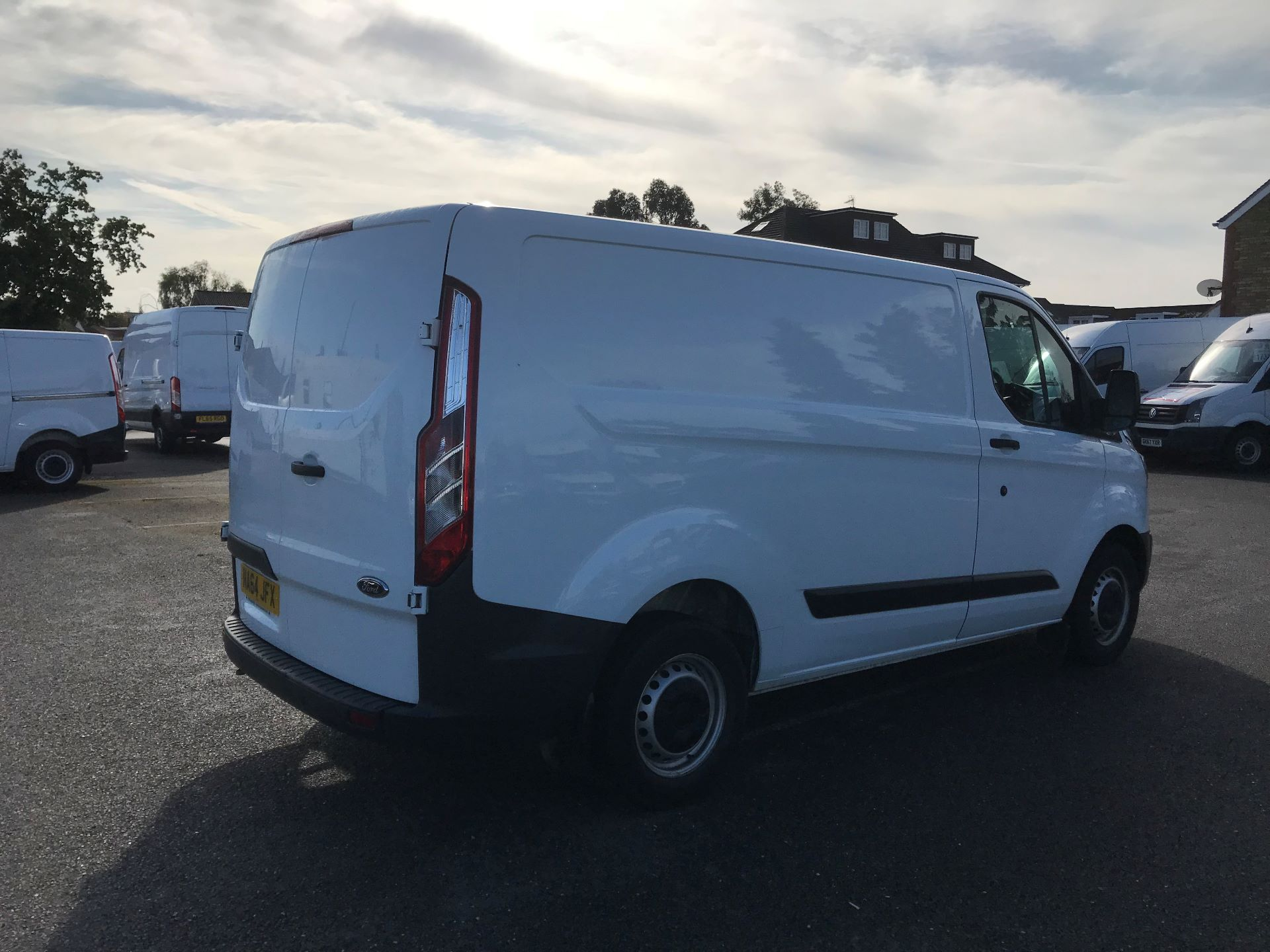 2014 Ford Transit Custom 290 L1 DIESEL FWD 2.2 TDCI 100PS LOW ROOF VAN EURO 5  (NA64JFX) Image 4